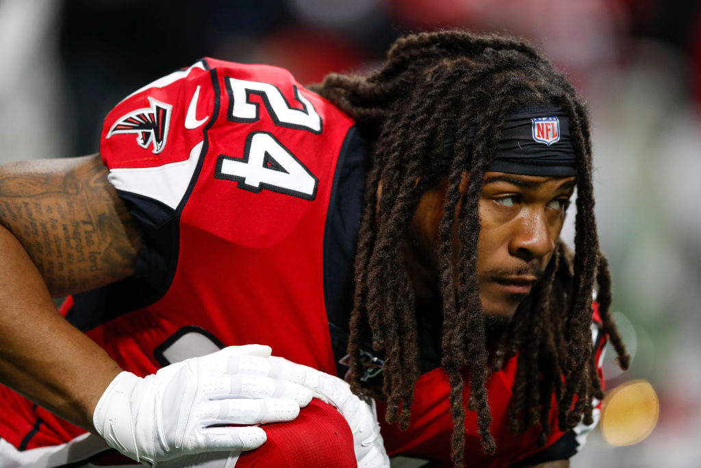 Devonta Freeman was a decent running back for the Atlanta Falcons. However, is he worth the money he is now asking for as a free agent?
