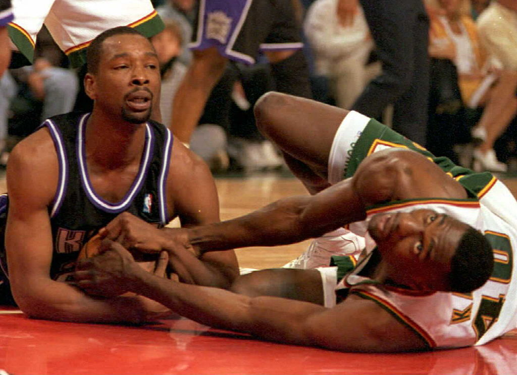 """What Happened to La Salle Superstar Lionel """"L Train"""" Simmons?"""