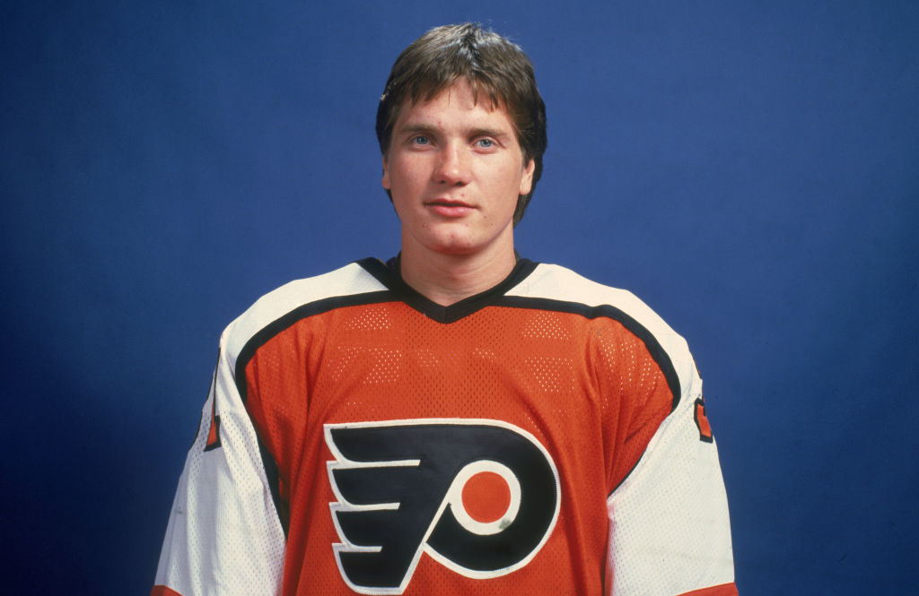 Flyers goalie Pelle Lindbergh was named the best goalie in the NHL in 1984-85, but he tragically passed away one season later.