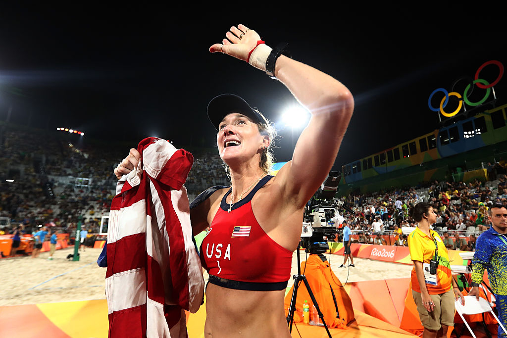 Kerri Walsh Jennings at the Beach Volleyball Women's Bronze medal match at the Rio 2016 Olympic Games | Ezra Shaw/Getty Images