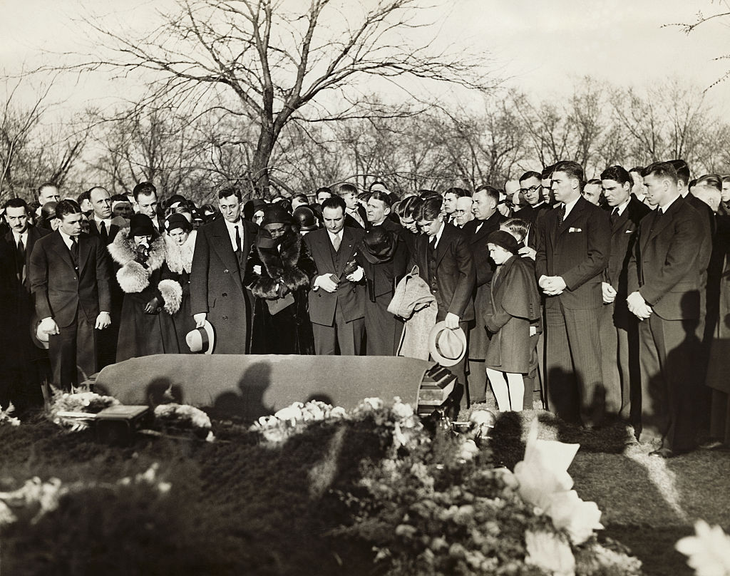 Legendary Notre Dame Coach Knute Rockne was mourned by massive crowds at his funeral.