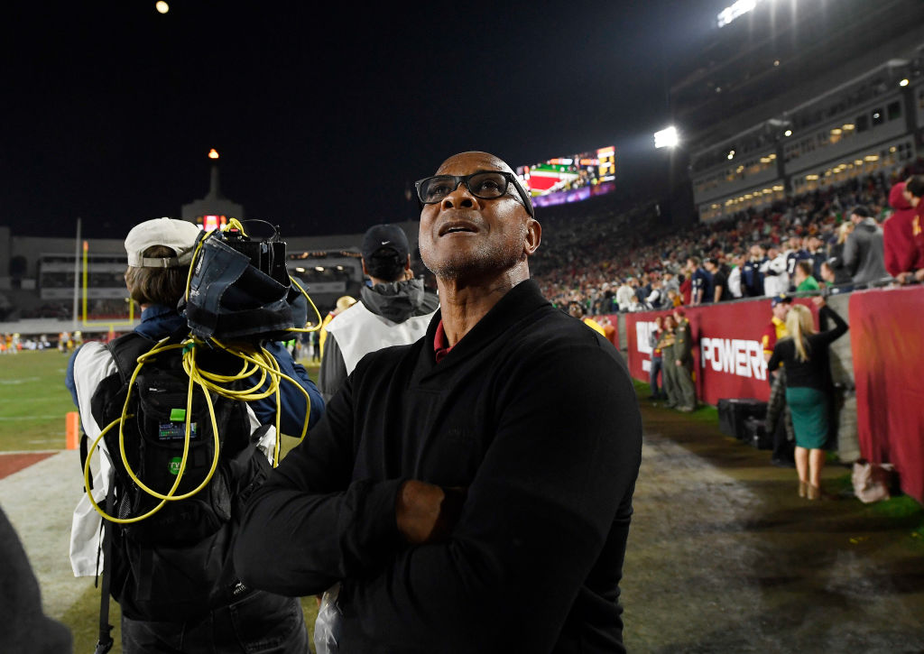 Lynn Swann, USC athletic director of USC during a game