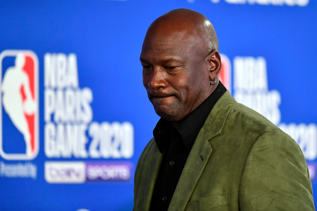 A love letter written by Michael Jordan in 1989 just sold for thousands of dollars at auction. What did the letter say in it?
