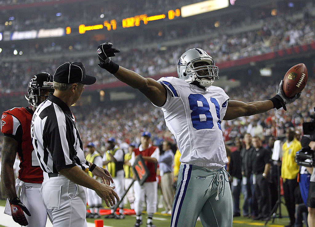 Terrell Owens celebrating a touchdown against the Falcons
