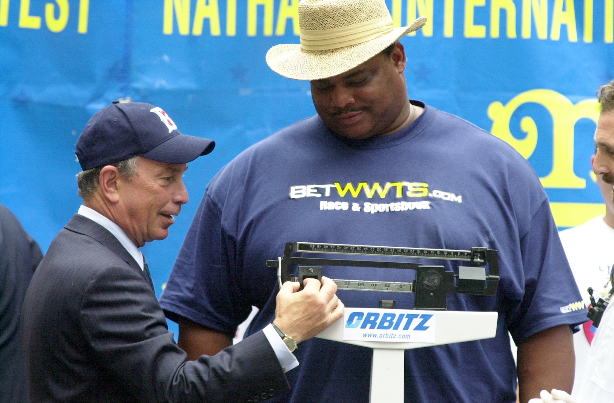 William 'The Refrigerator' Perry tried his hand at competitive eating in 2003, entering the Nathan's Hot Dog Eating Contest.