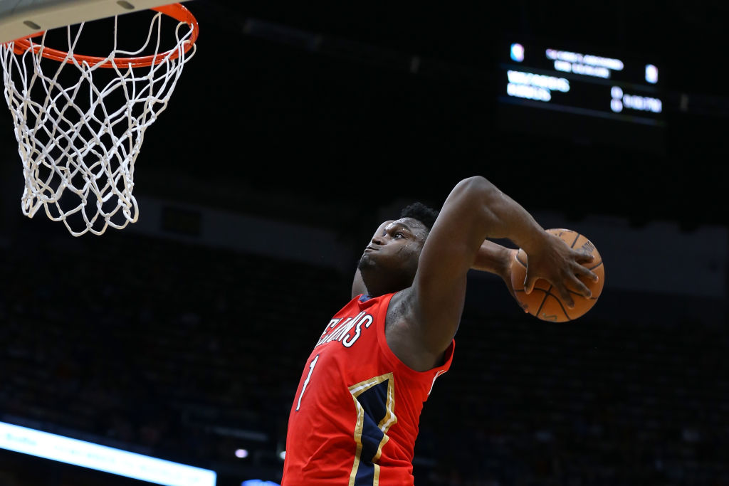 Zion Williamson of the New Orleans Pelicans dunks