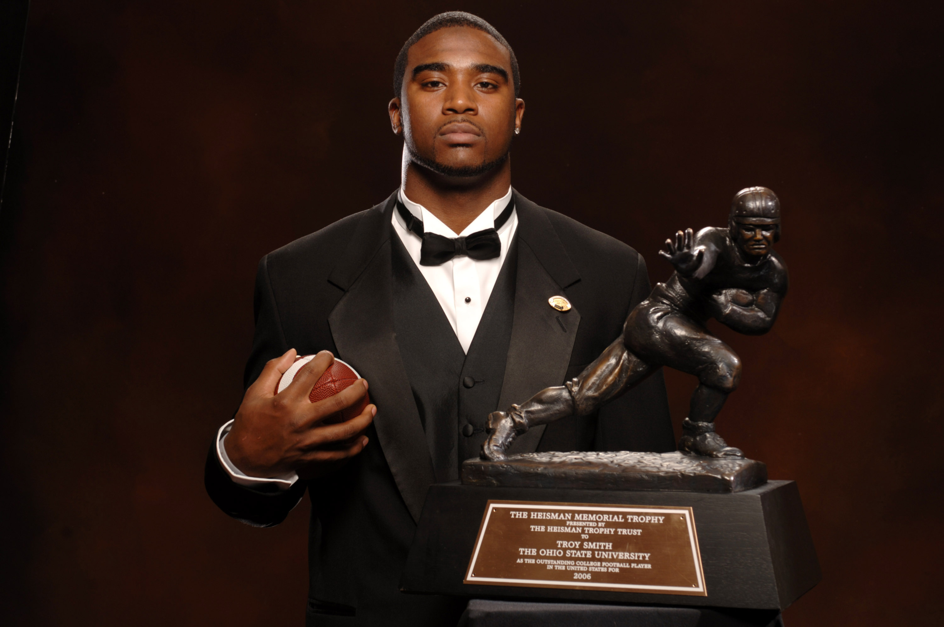 Troy Smith was a legend with the Ohio State Buckeyes as he ultimately won a Heisman. He had some bad luck during his NFL career, though.