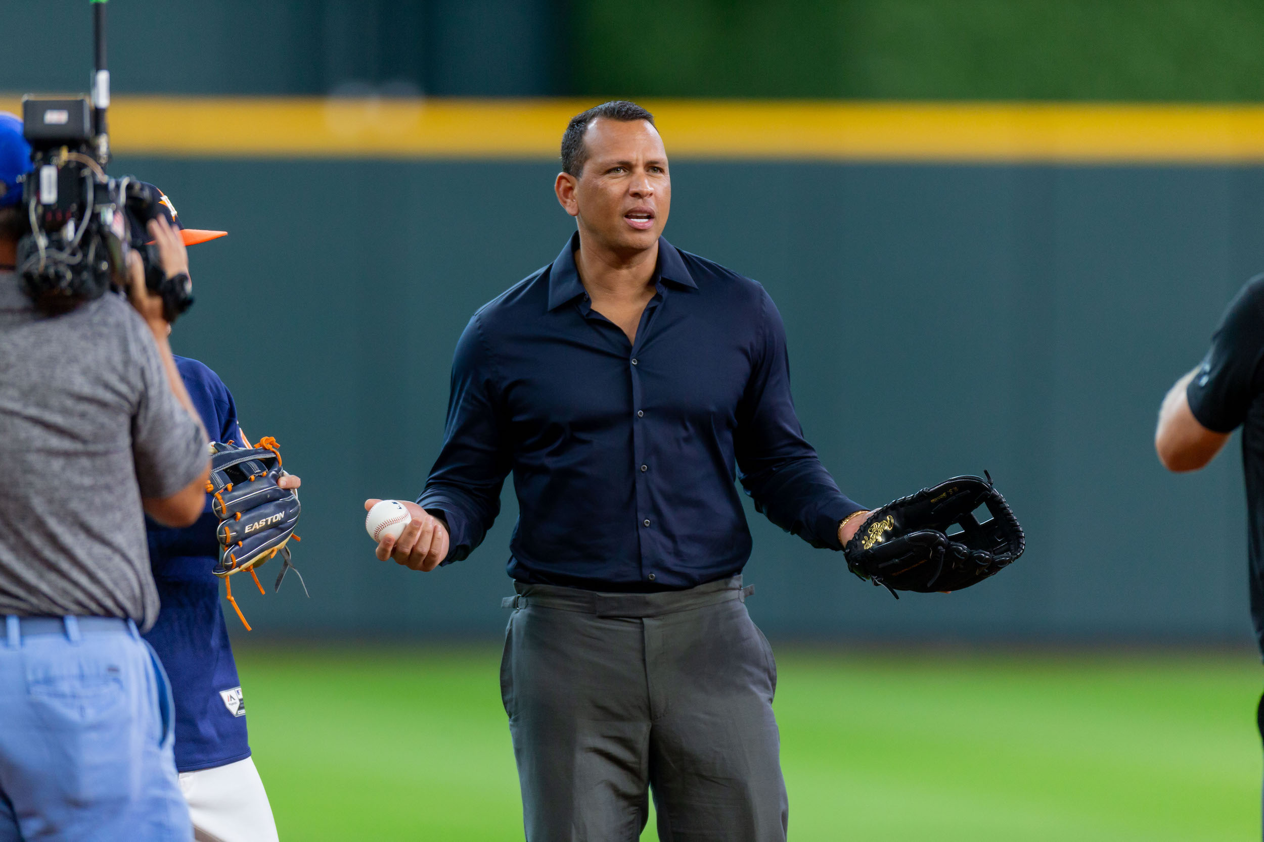 Due to his interest in buying the New York Mets, Alex Rodriguez won't be calling their game on ESPN Sunday Night Baseball.