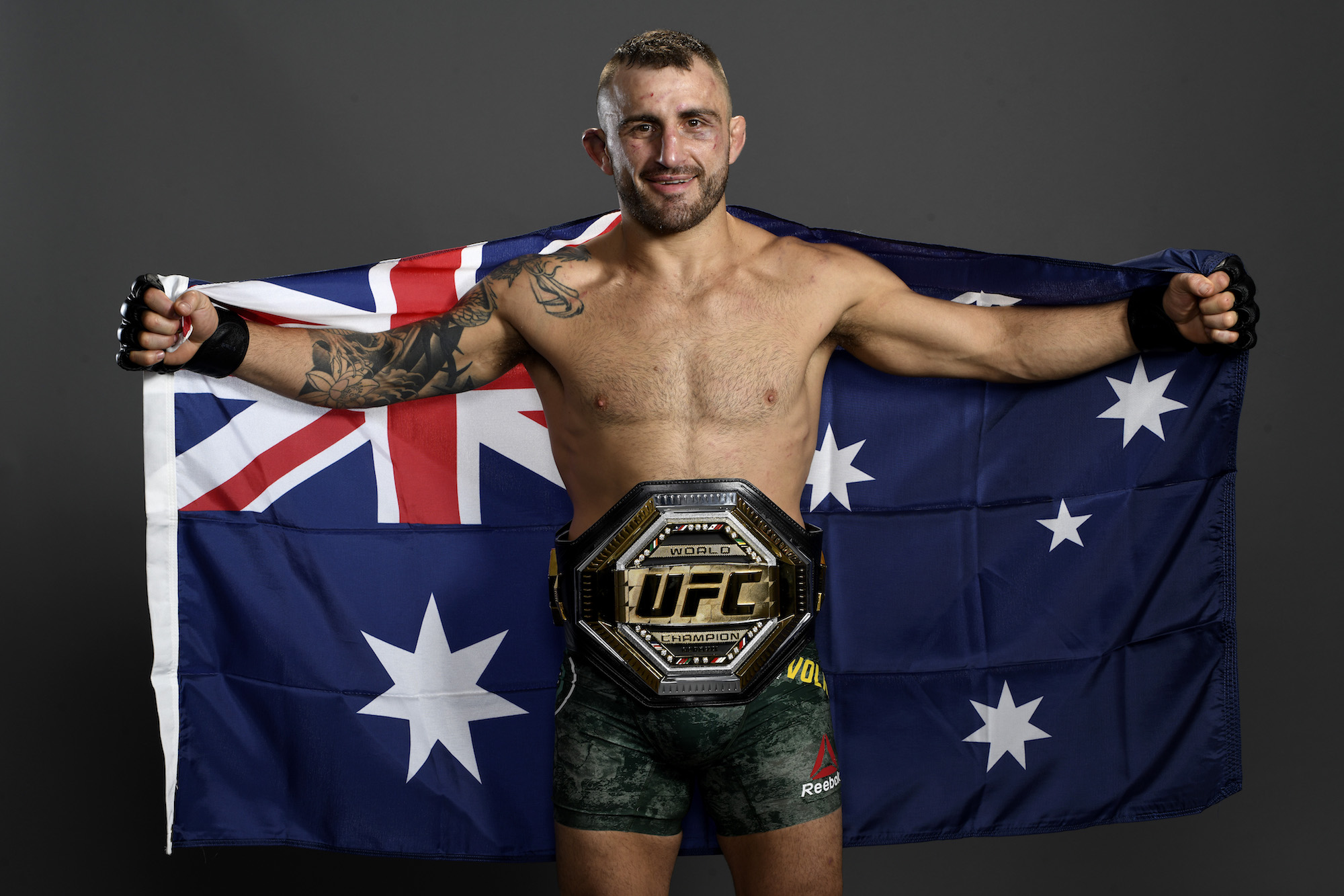 Before starting his UFC career, Alexander Volkanovski played semiprofessional rugby.