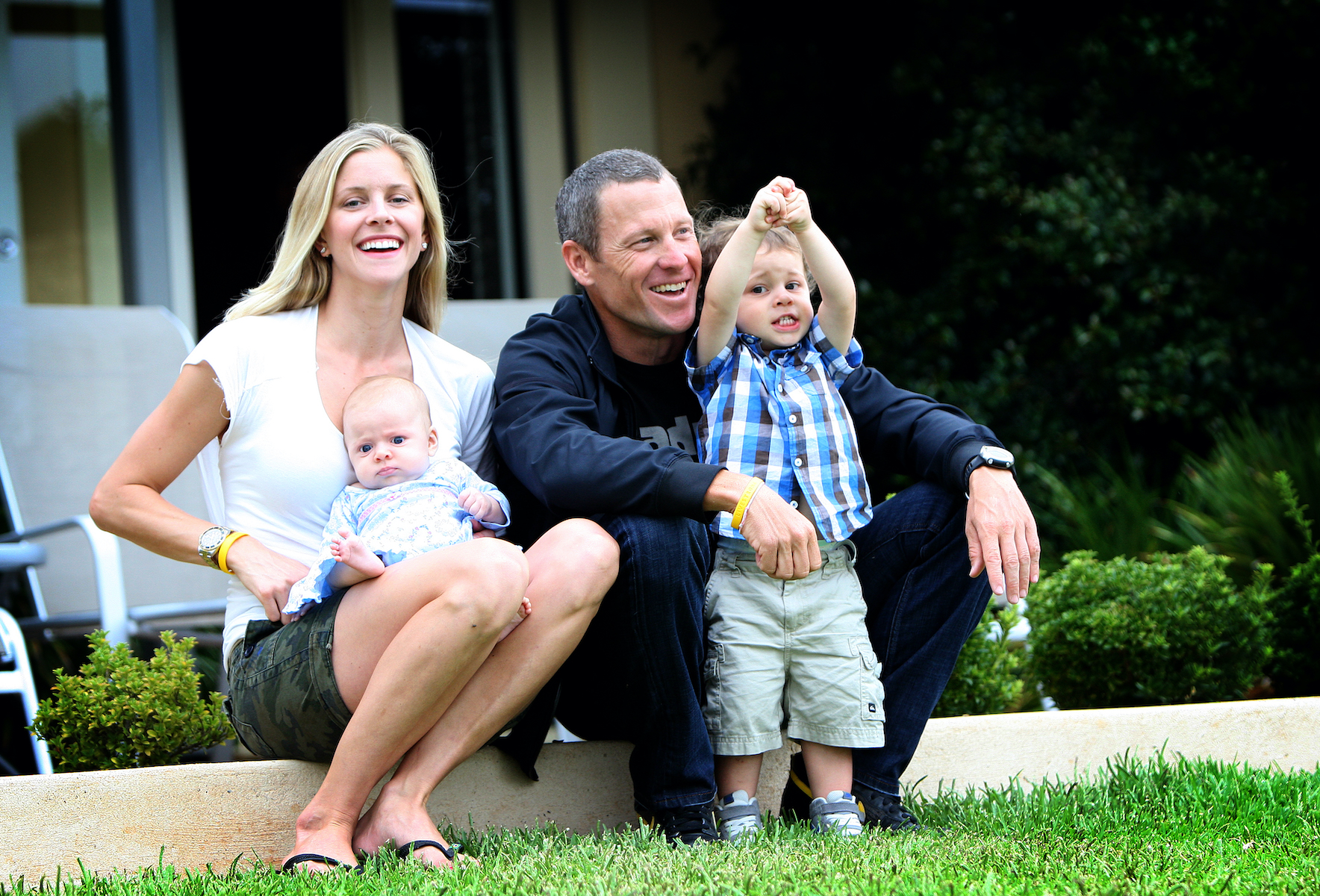 Lance Armstrong with partner Anna Hansen