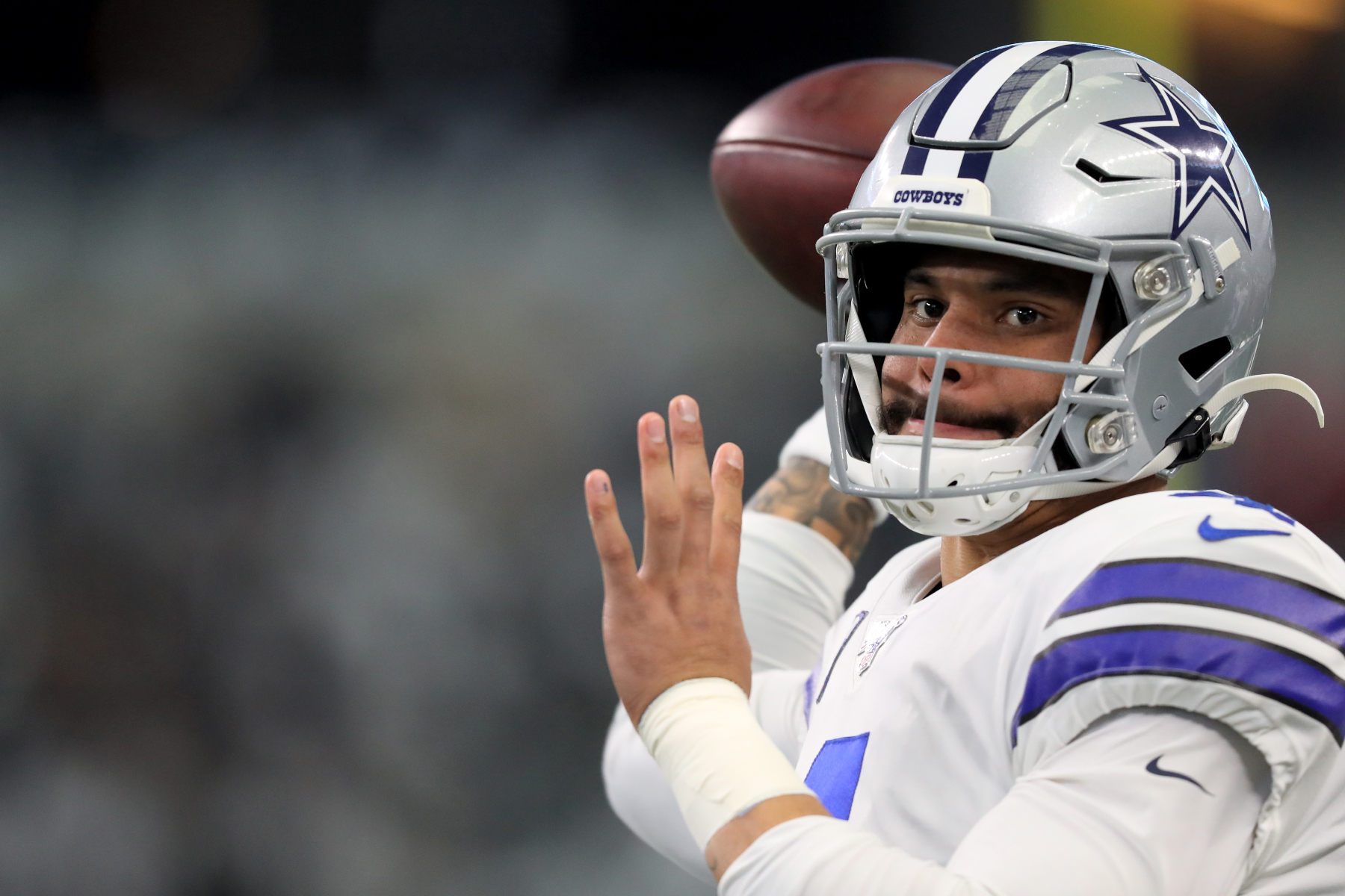 Dak Prescott and the Dallas Cowboys could not get a deal done. Prescott should actually consider leaving the Cowboys for one team.