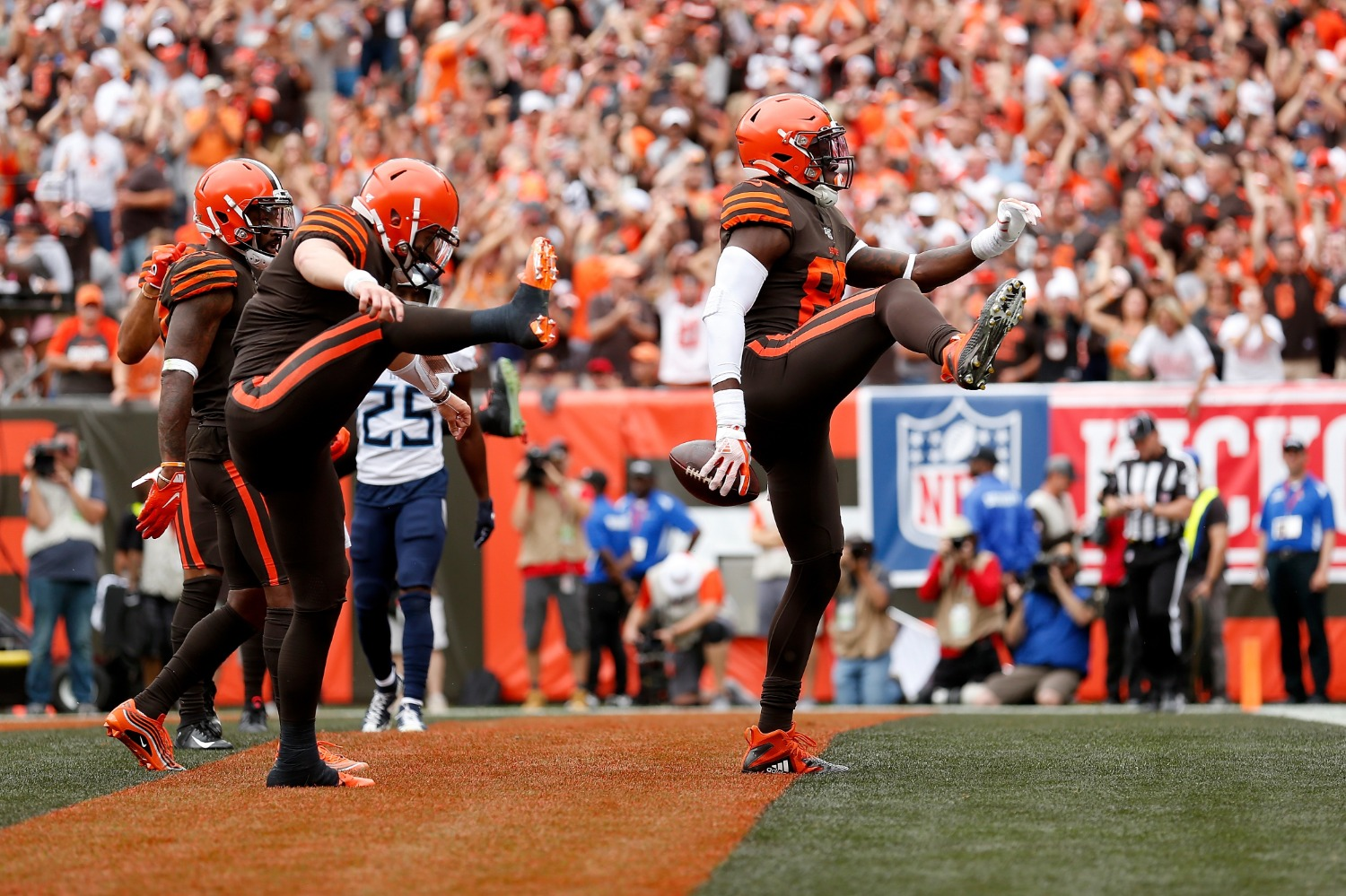 David Njoku is Officially Bailing on Baker Mayfield and the Cleveland Browns