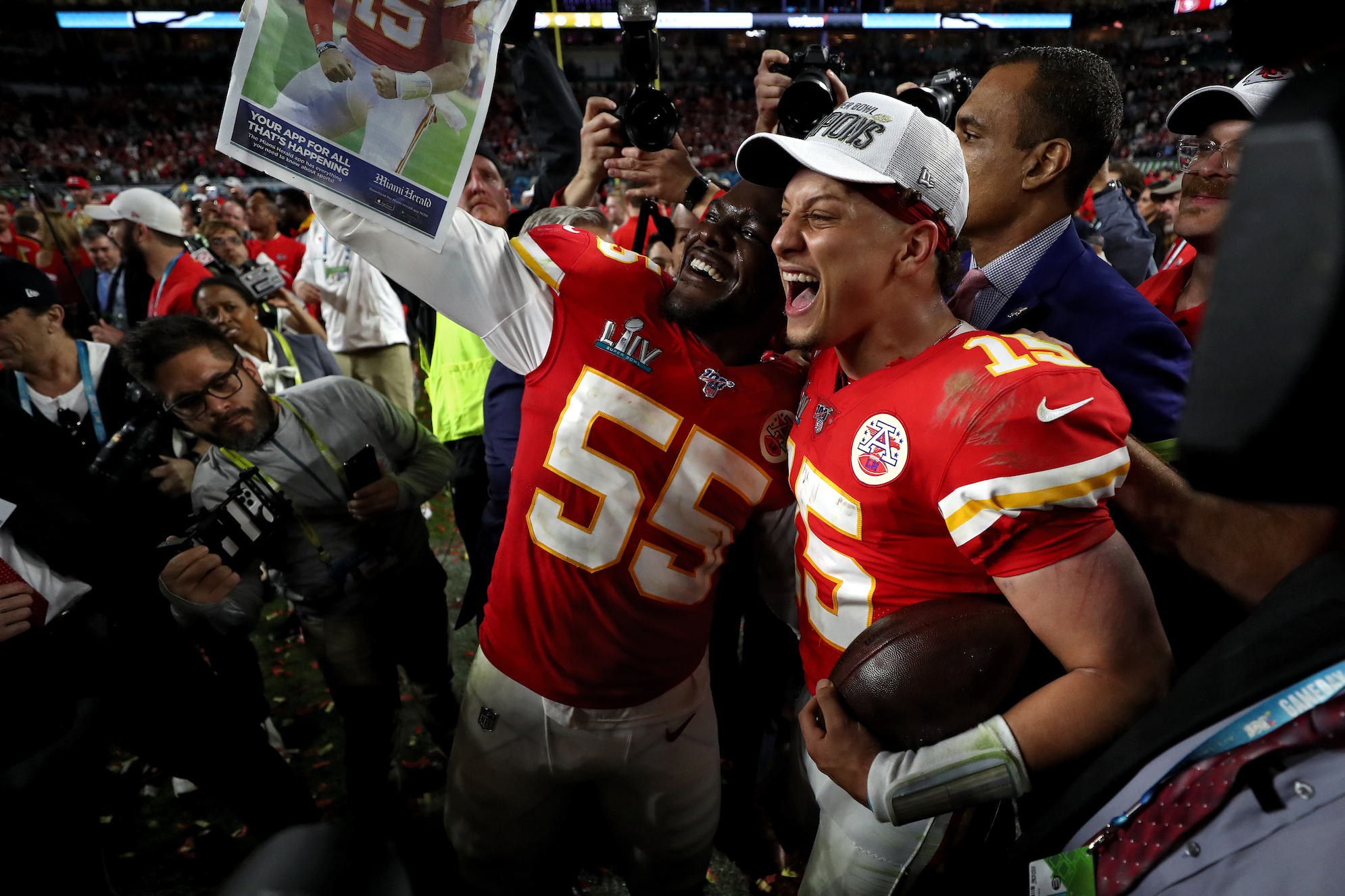 Adam Schefter might've been the first reporter to announce Patrick Mahomes' contract, but he was actually beaten by a liquor store employee.