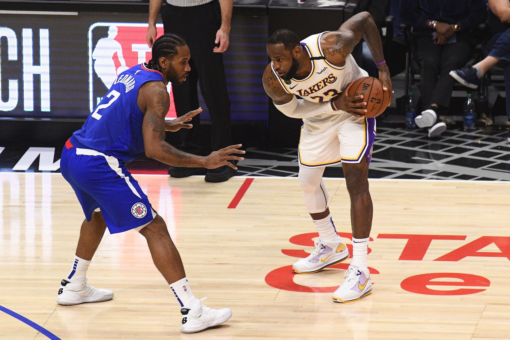 Kawhi Leonard can't come close to LeBron James in the financial battle for Los Angeles.