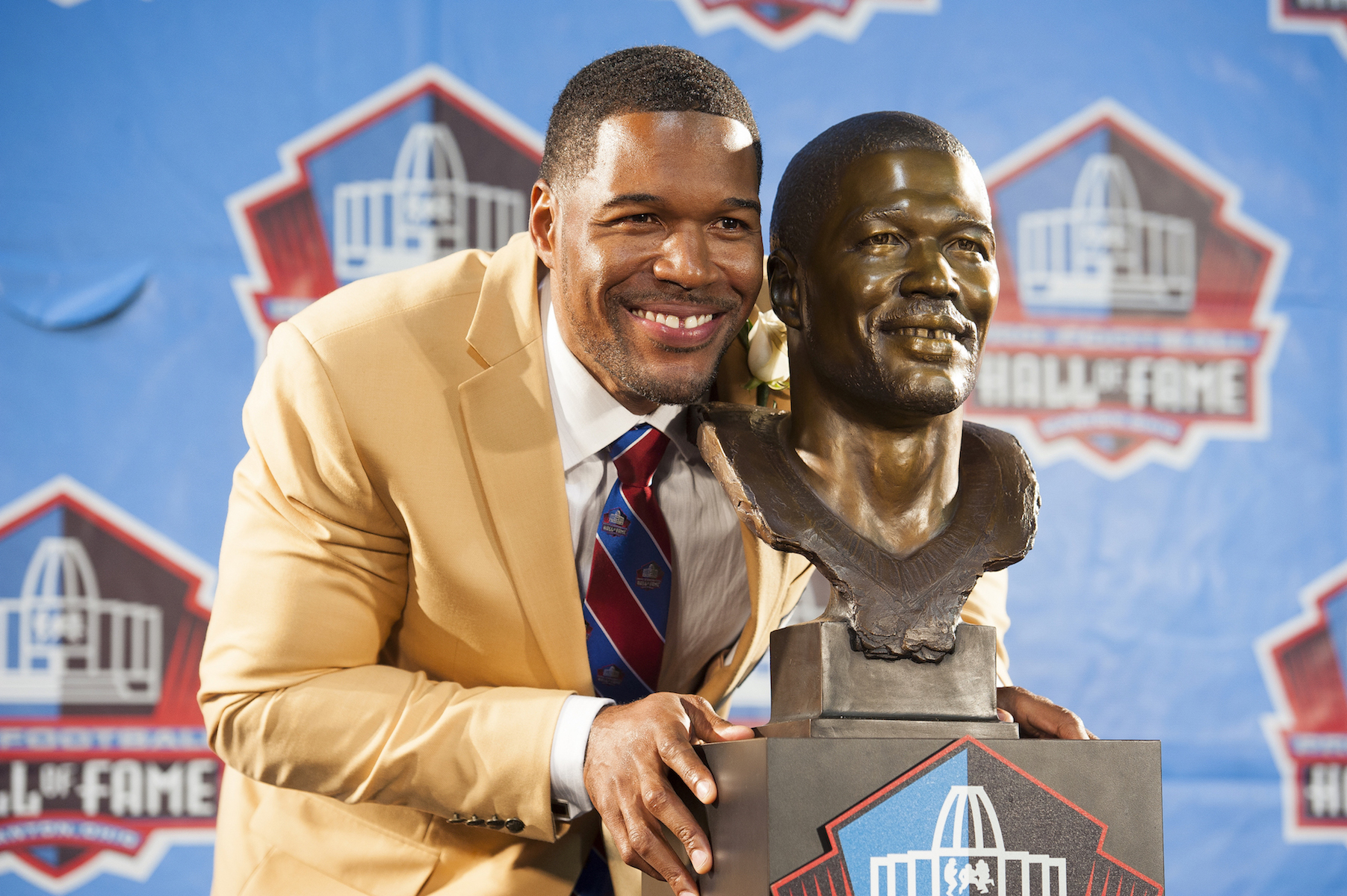 Whether you know him from the NFL or television, Michael Strahan is famous for the gap in his teeth.