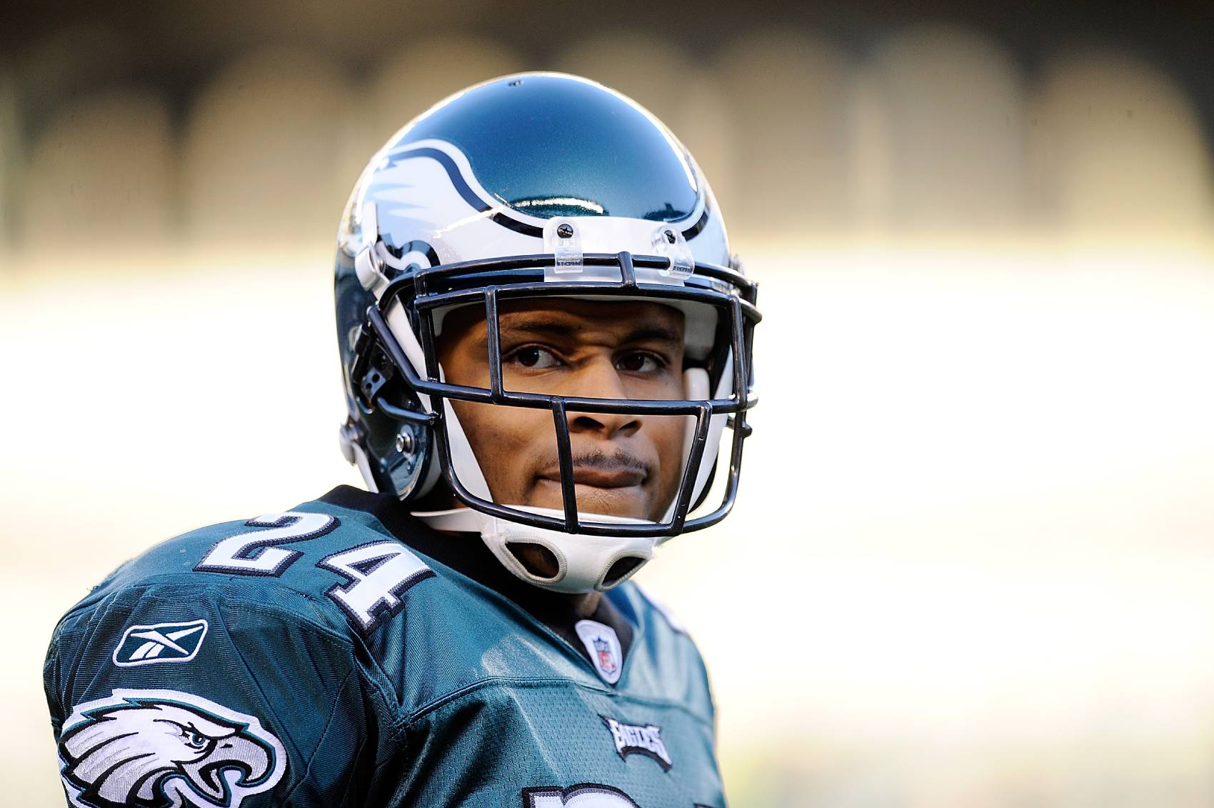 Former Philadelphia Eagles cornerback Nnamdi Asomugha now acts on Broadway.
