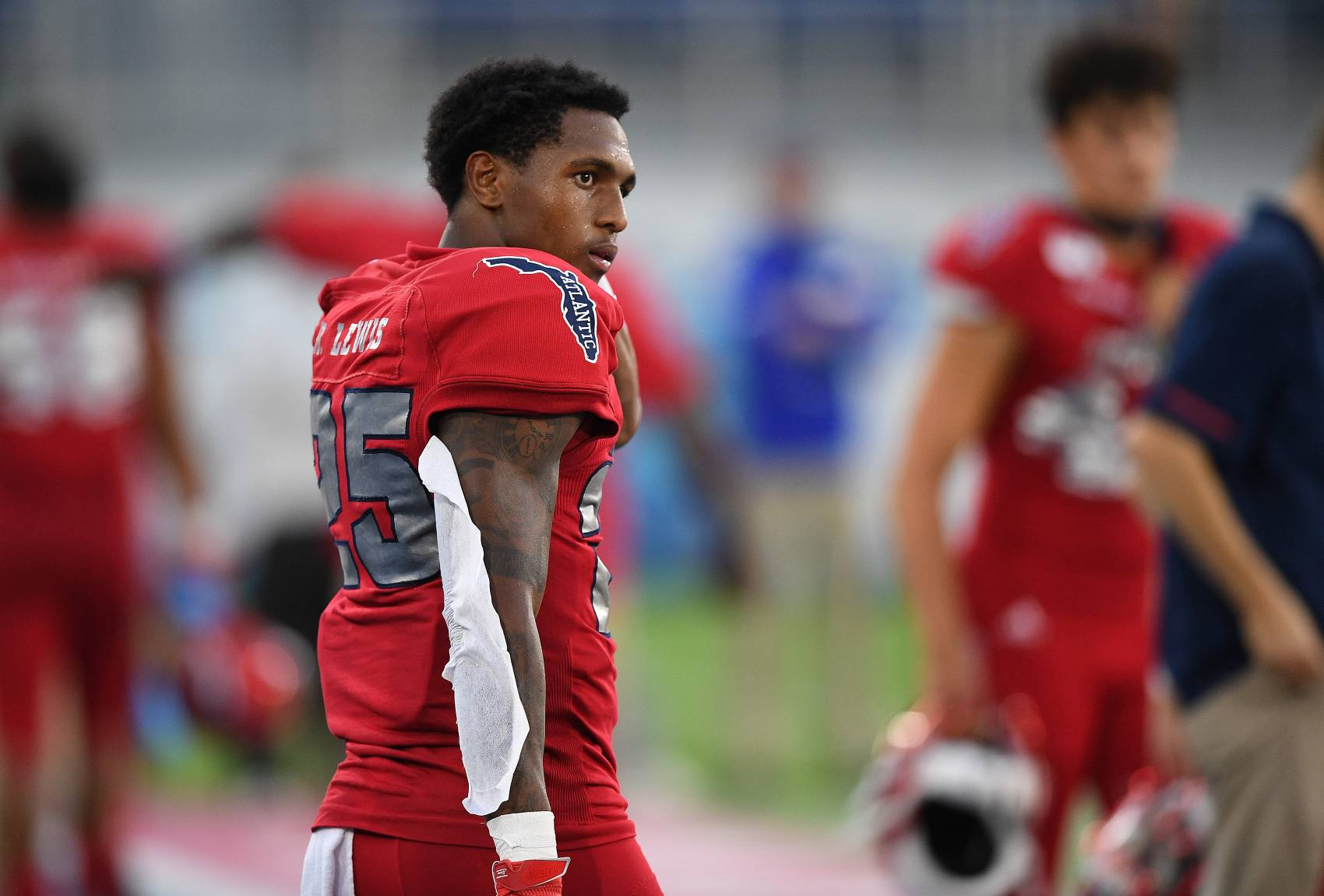 Rahsaan Lewis, the son of NFL legend Ray Lewis, could be headed to his third school in three years. Lewis played at Florida Atlantic last season.