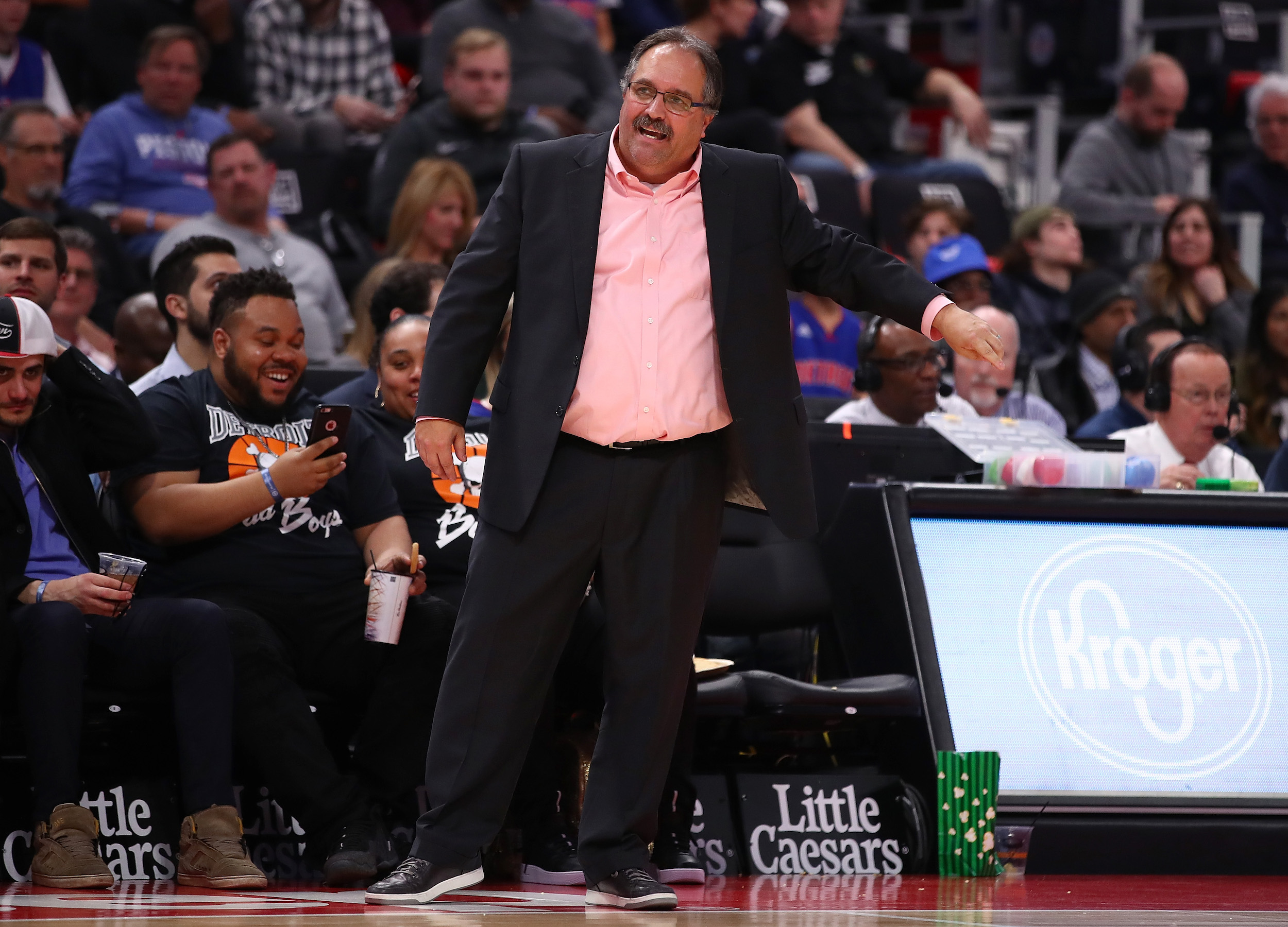 Stan Van Gundy has taken to Twitter to offer some advice about American politics.