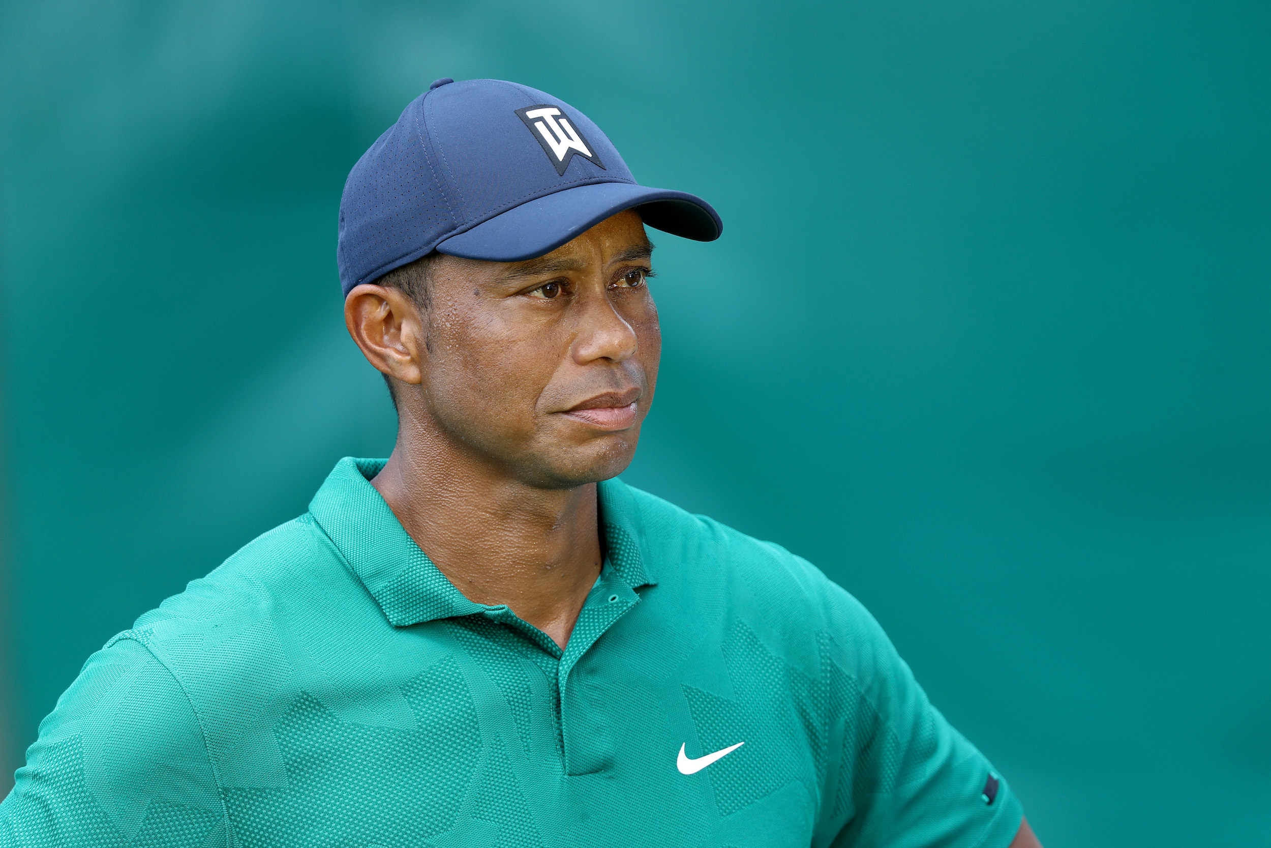 Tiger Woods has earned millions playing golf, but didn't treat some Navy SEALs to lunch.