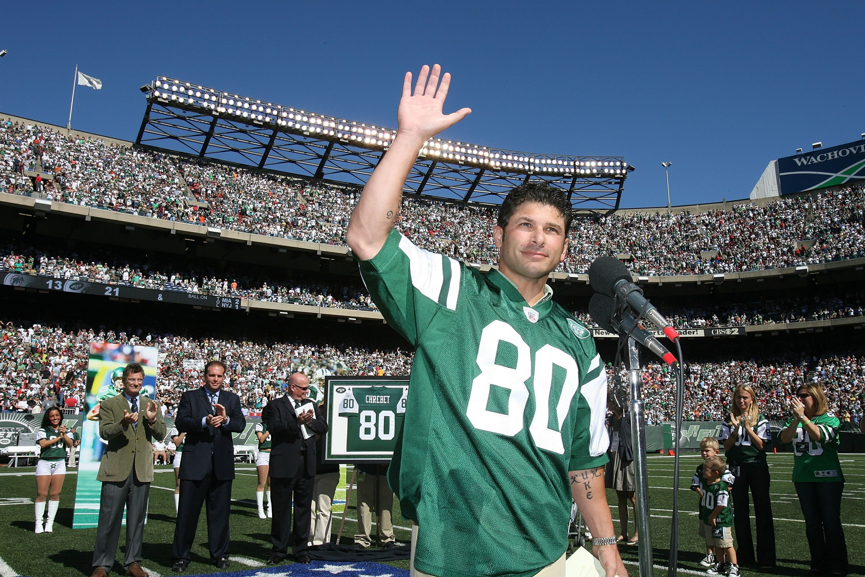 Wayne Chrebet being honored at halftime of a Jets game