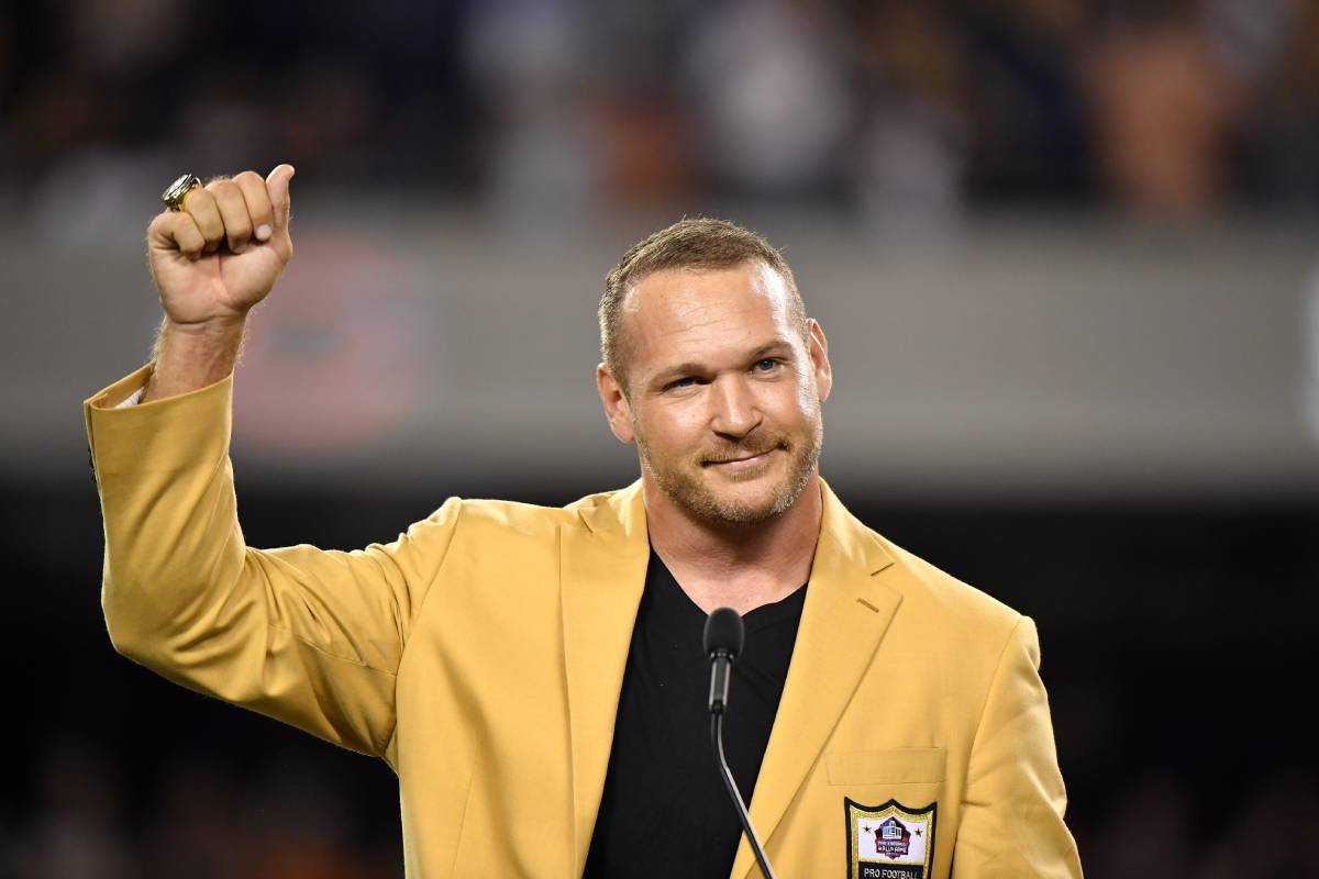 Former Chicago Bears linebacker Brian Urlacher entered the Pro Football Hall of Fame in 2019. Urlacher made a controversial post about Jacob Blake.