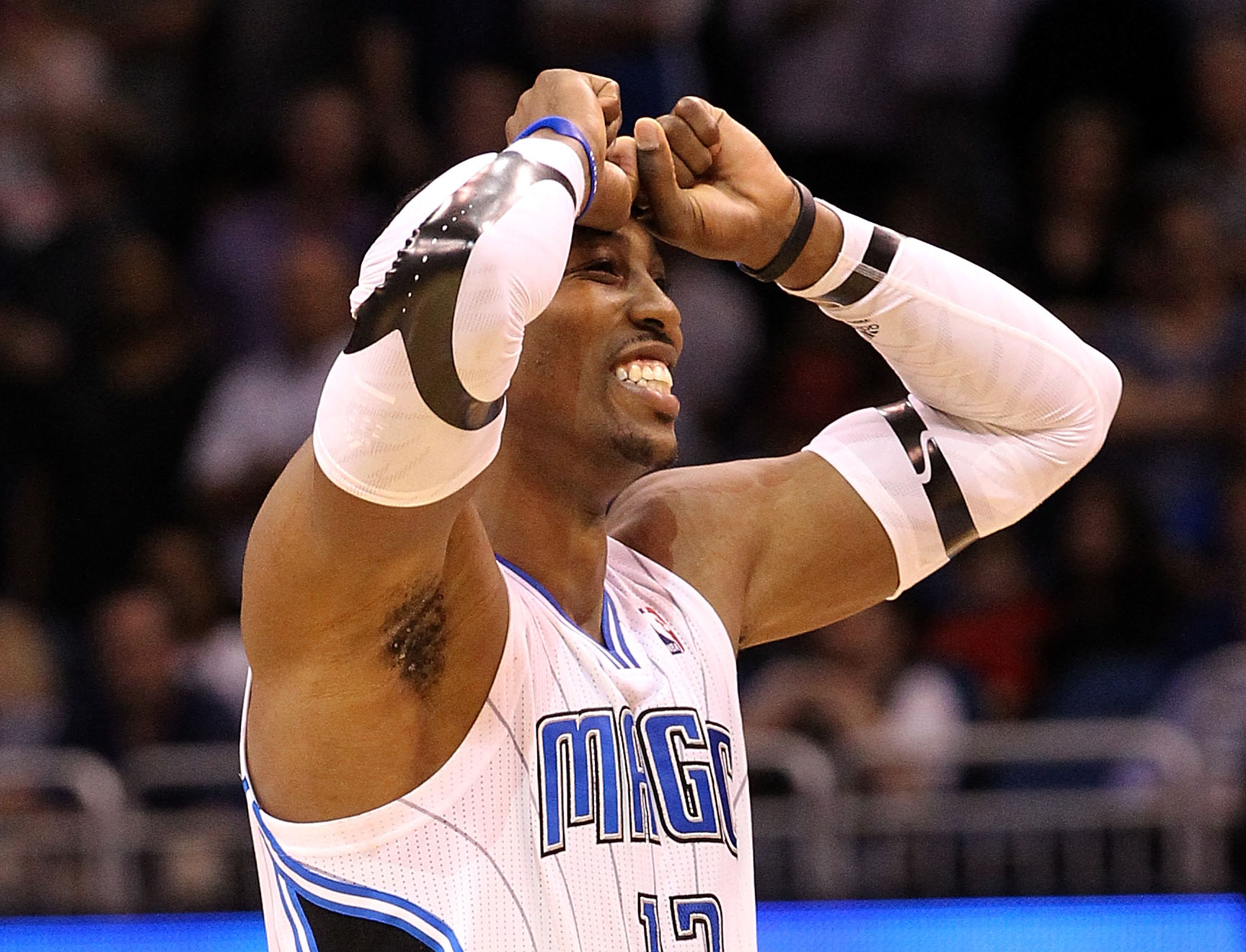 Dwight Howard Is Such a 'Great Farter' That the Magic Had to Create a 'No-Flactulence Rule'