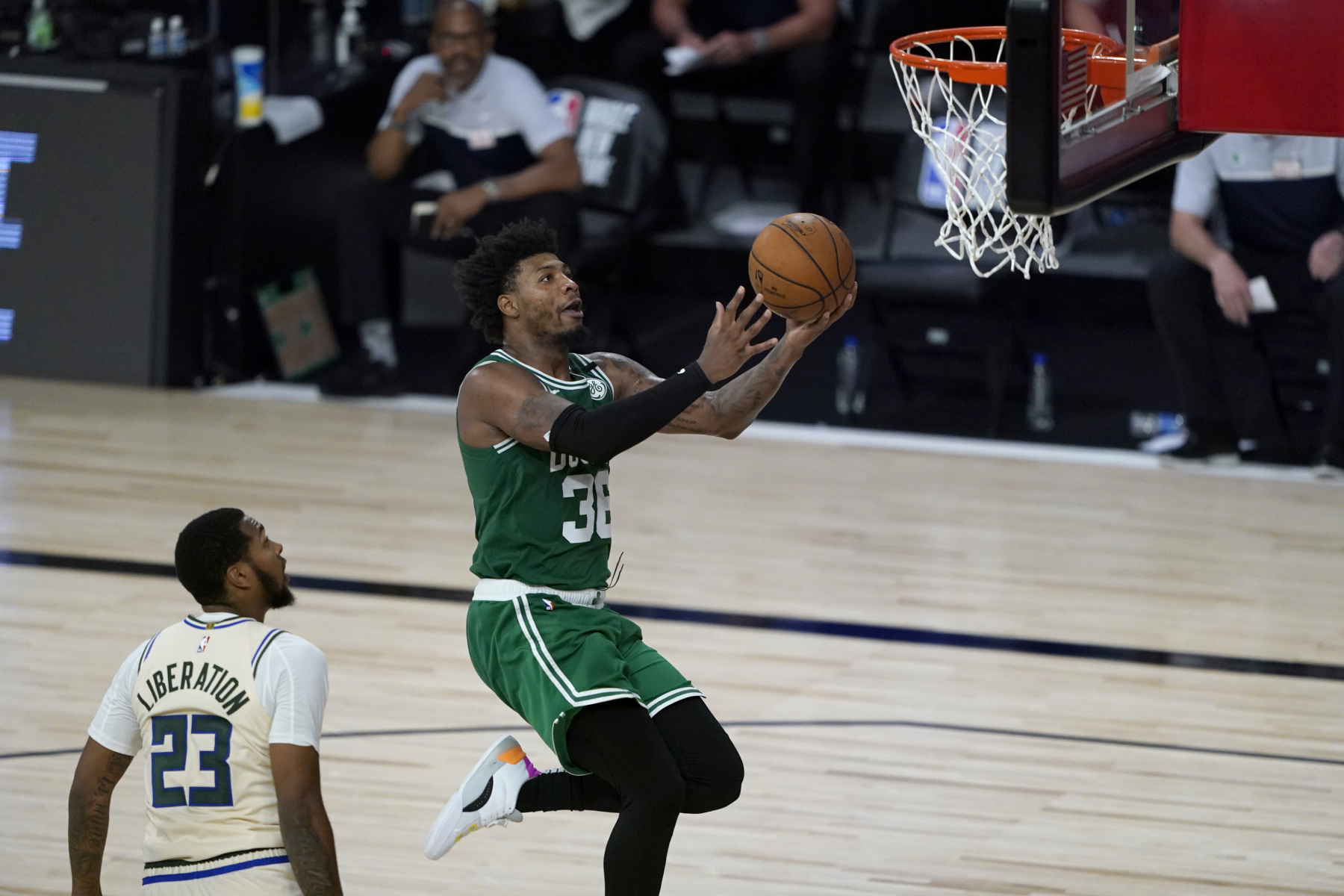 Giannis Antetokounmpo and the Milwaukee Bucks beat the Boston Celtics recently. However, Marcus Smart had a stern message for the refs after.
