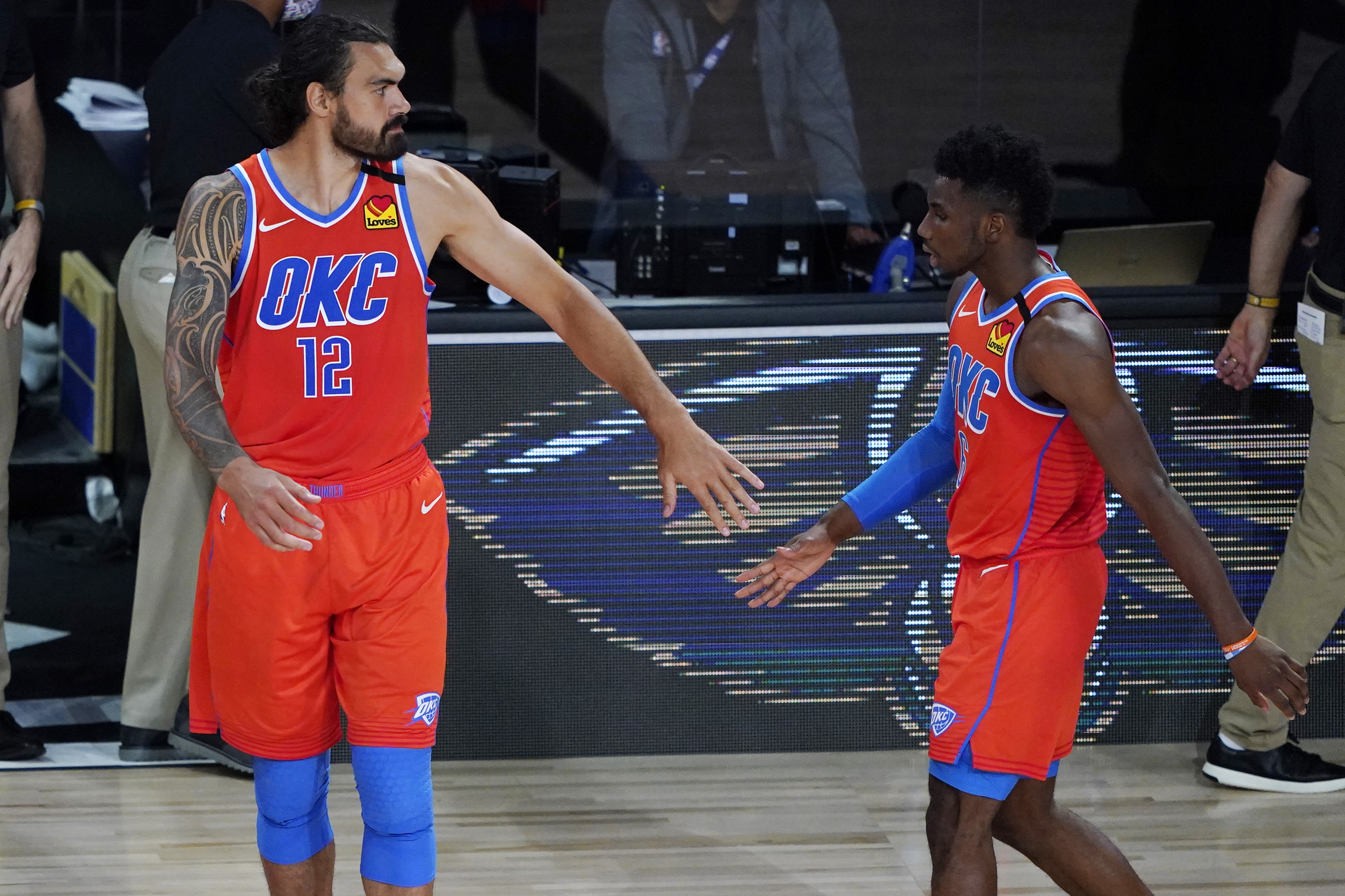 Oklahoma City Thunder  Players Blow Off Lawmaker Threat and Kneel During Anthem