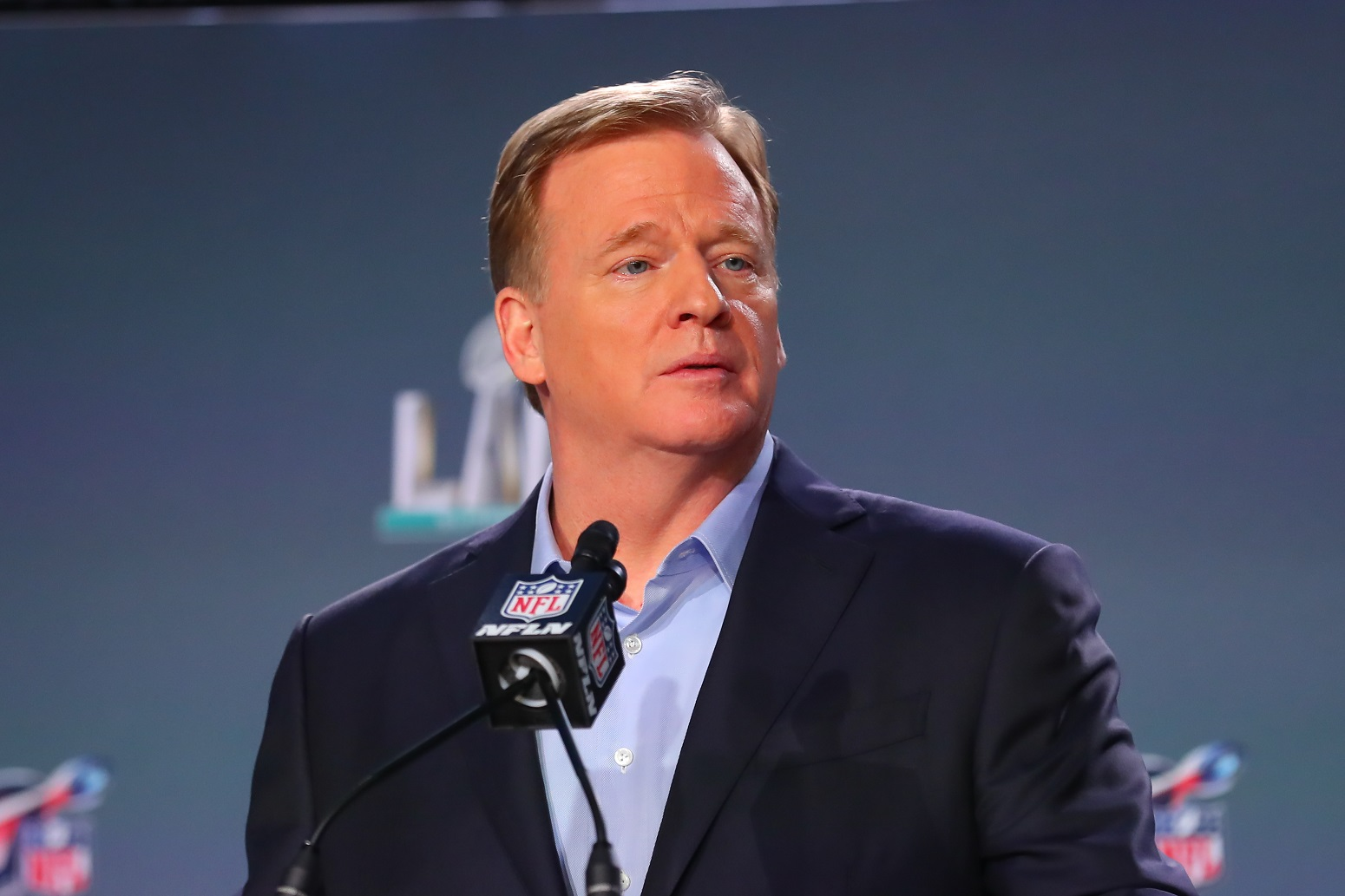 Roger Goodell kneeling national anthem
