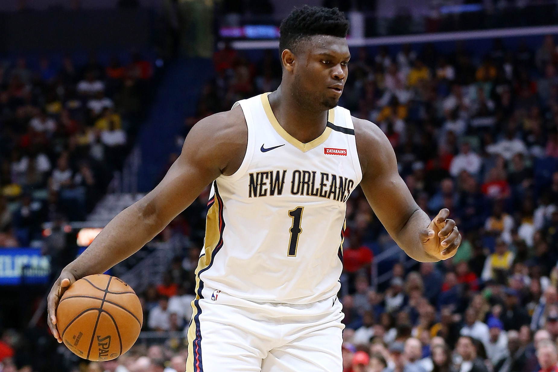 How does Zion Williamson's shoe size compare to the rest of the NBA?