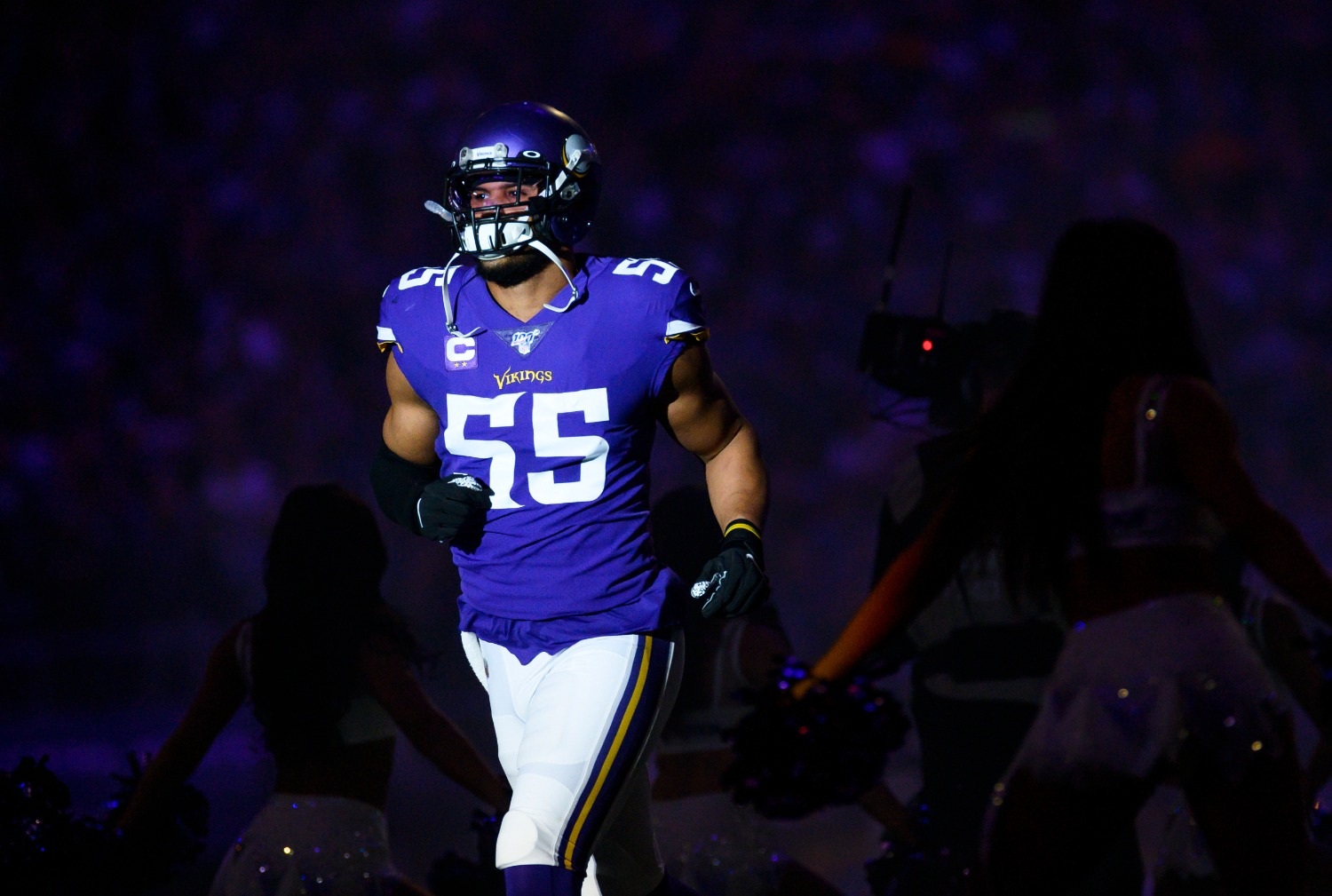 Highly-paid linebacker Anthony Barr suffered a season-ending injury on Sunday that will force a Vikings rookie to step up in his absence.