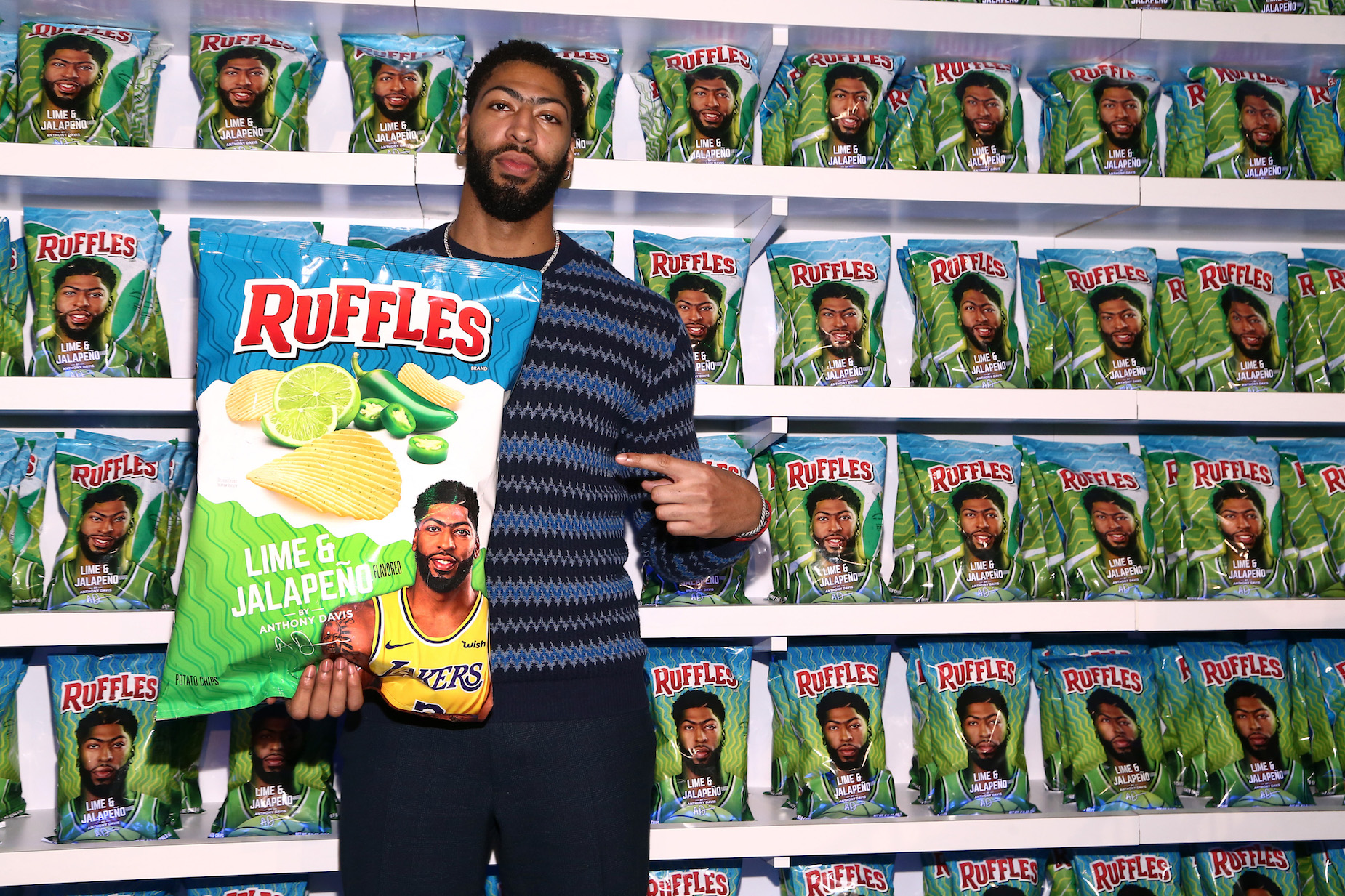 Shortly after joining the Lakers, Antony Davis signed a unique potato chip deal with Ruffles.
