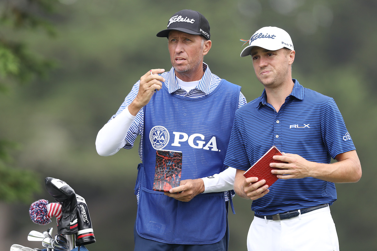 Caddie Jim 'Bones' Mackay and Justin Thomas