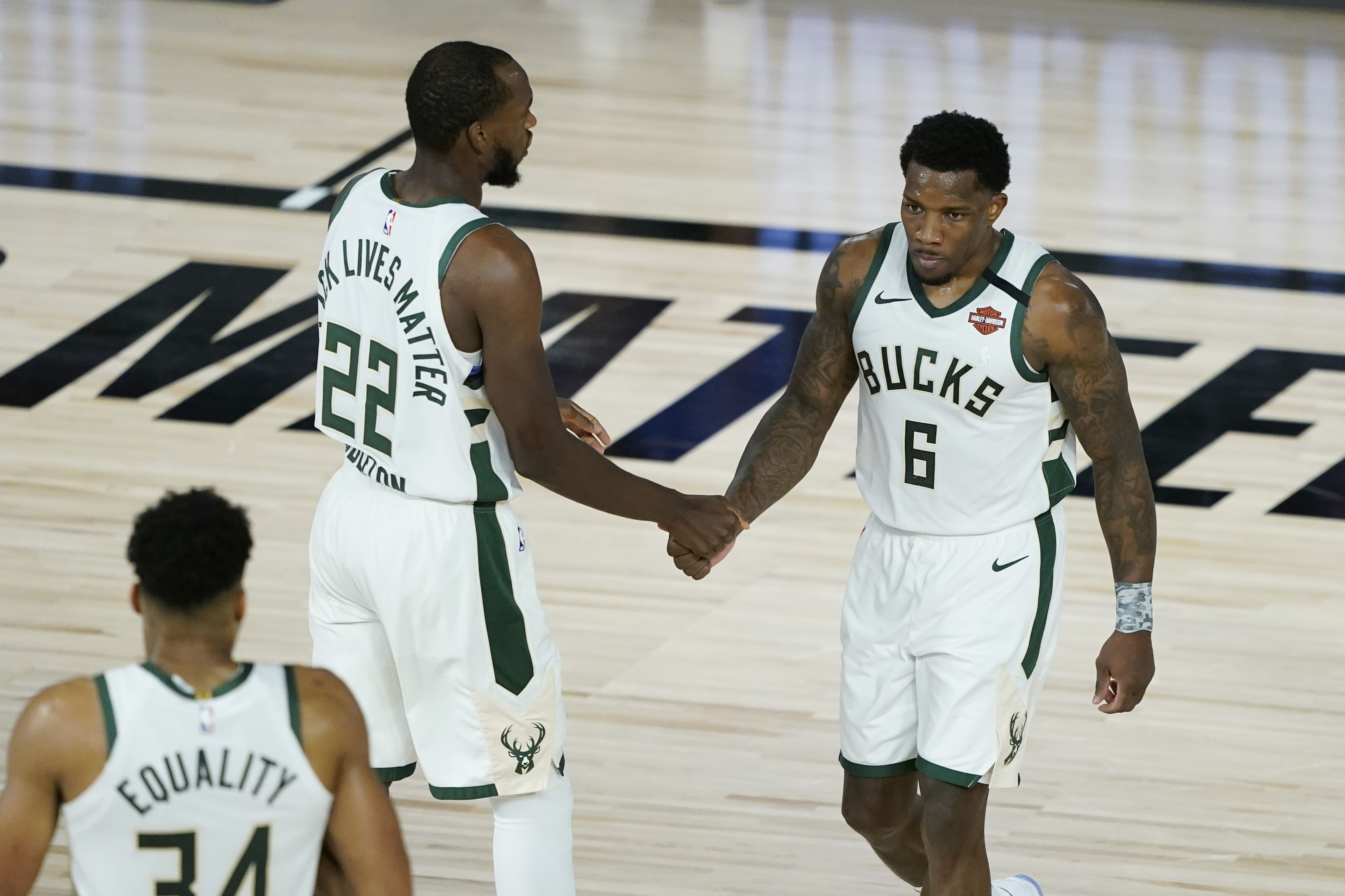 Khris Middleton, Eric Bledsoe Stepped Up When Their Leader Went Down