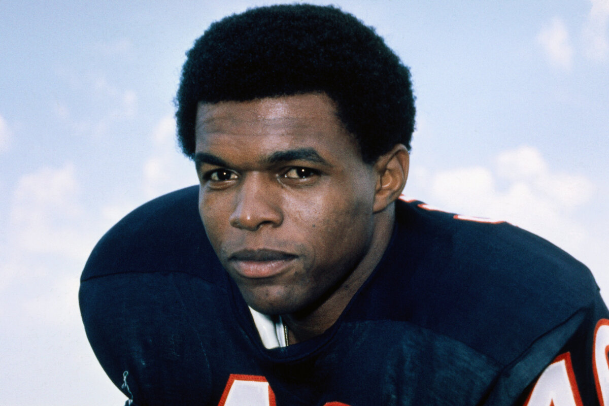Longtime Chicago Bears running back Gale Sayers dedicated much of his sizable net worth to charity.