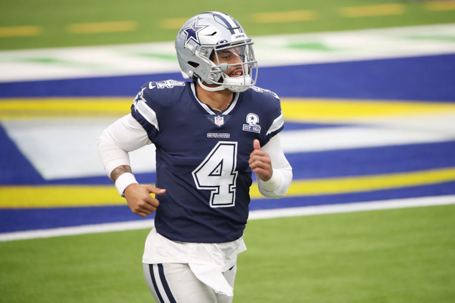 Jerry Jones had a chance to lock Dak Prescott into a long-term deal with the Cowboys, but his inability to do so will cost him $40 million.