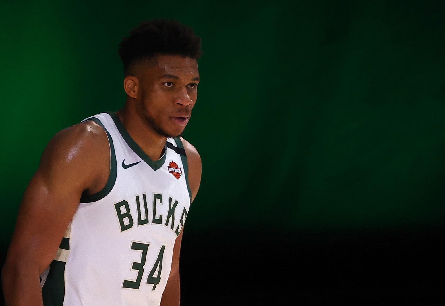 Giannis Antetokounmpo Bucks NBA