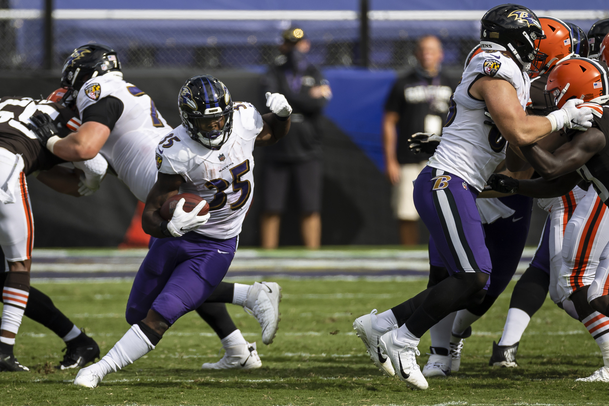 Gus Edwards is the Baltimore Ravens' hidden weapon on offense.
