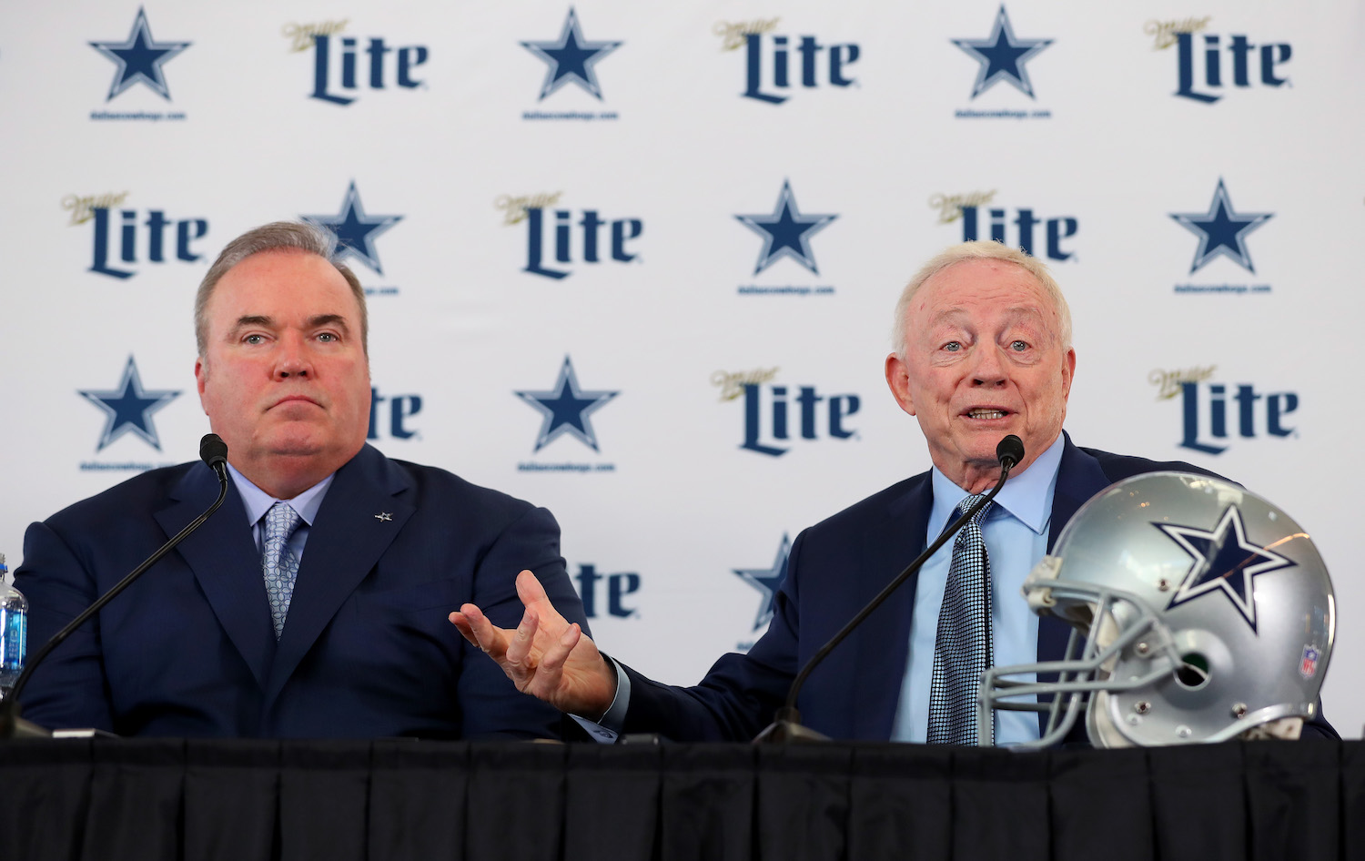 Jerry Jones and Mike McCarthy with Dallas Cowboys