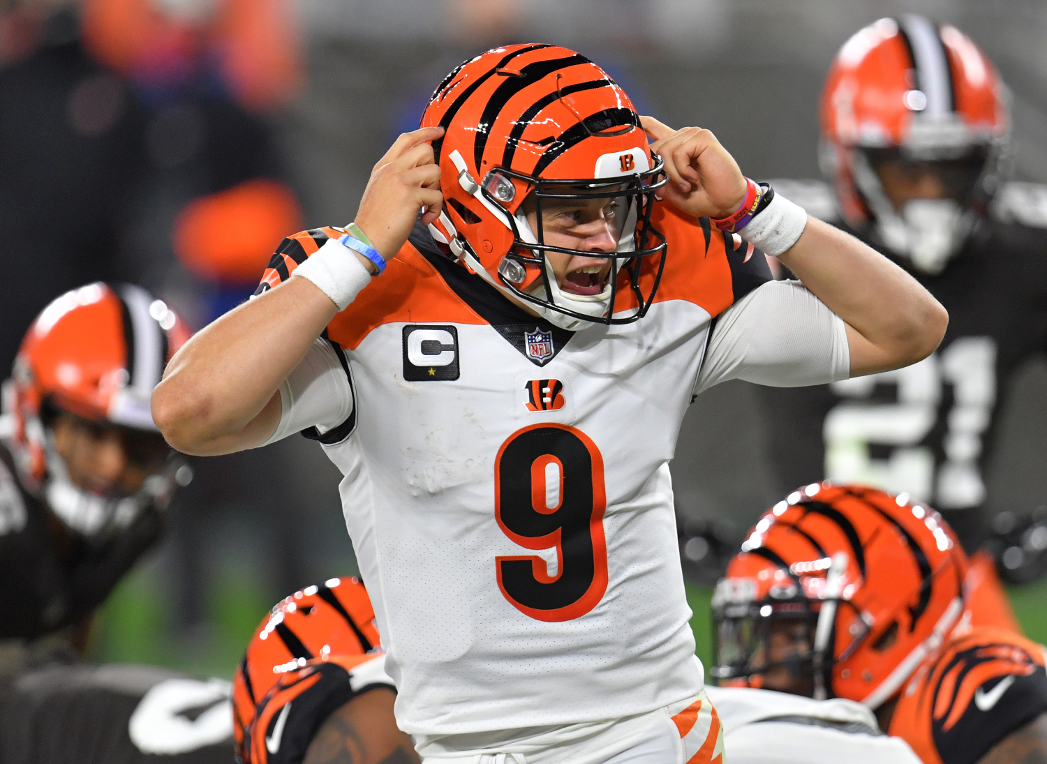 Joe Burrow has played really well for the Cincinnati Bengals. His play has been so good that he has received praise from LeBron James.