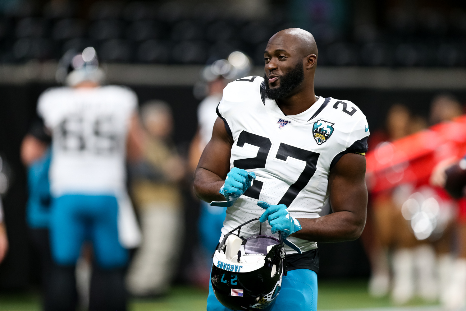Former Jacksonville Jaguars running back Leonard Fournette may have been a victim of a revolt by his teammates.