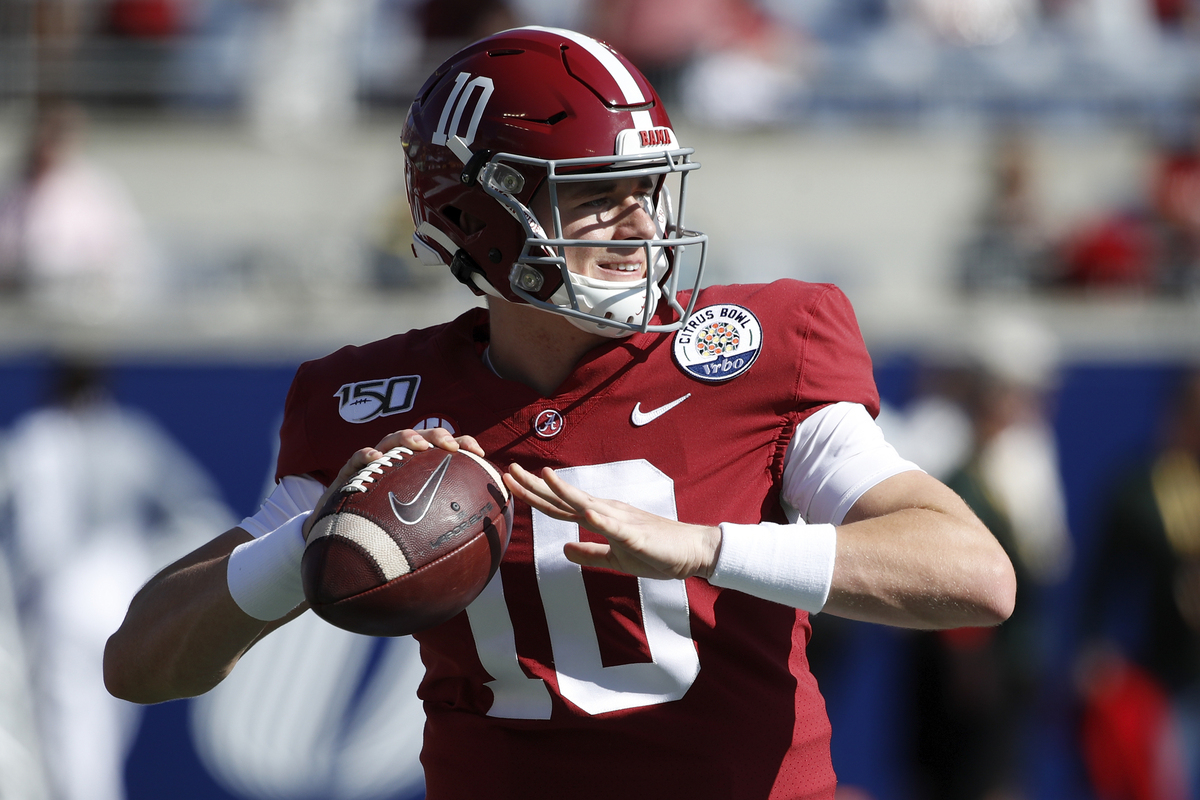 Alabama quarterback Mac Jones could have a Joe Burrow-esque rise.