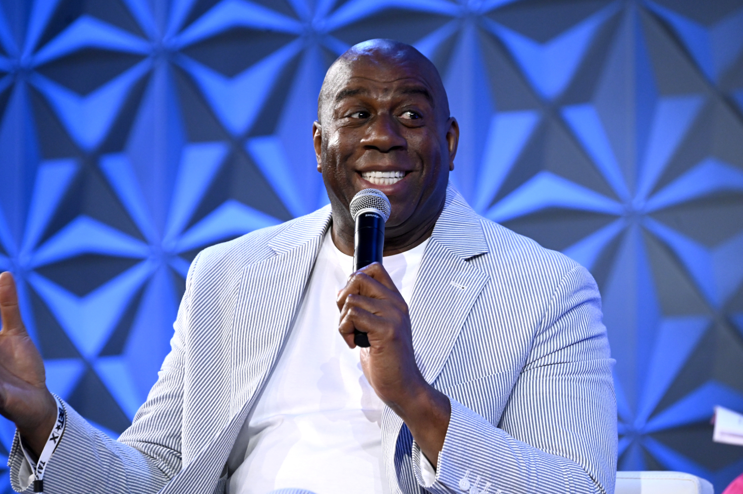 Magic Johnson wasn't in the Lakers' front office for too long, but he made comments that ultimately ticked off a star he had just traded.