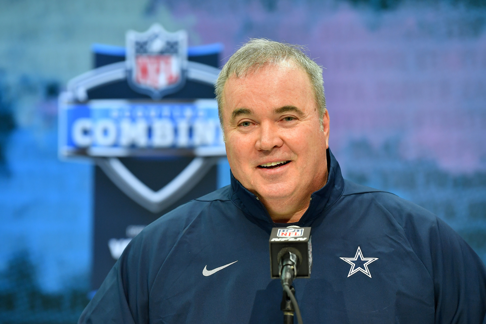 Being the coach of the Cowboys, Mike McCarthy has a lot of pressure on him. However, he just did his best impression of Bill Belichick.