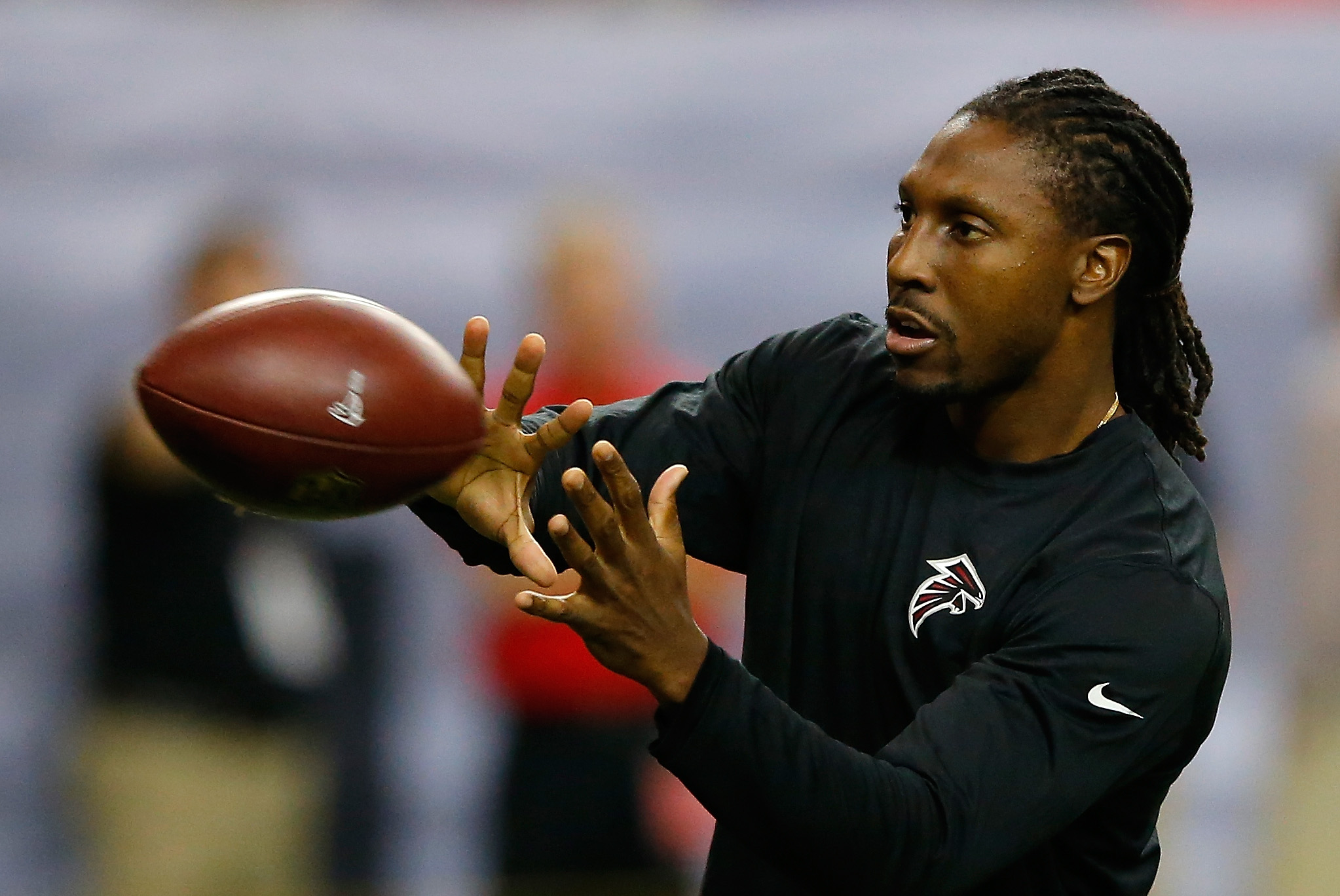 Roddy White warming up before a Falcons game
