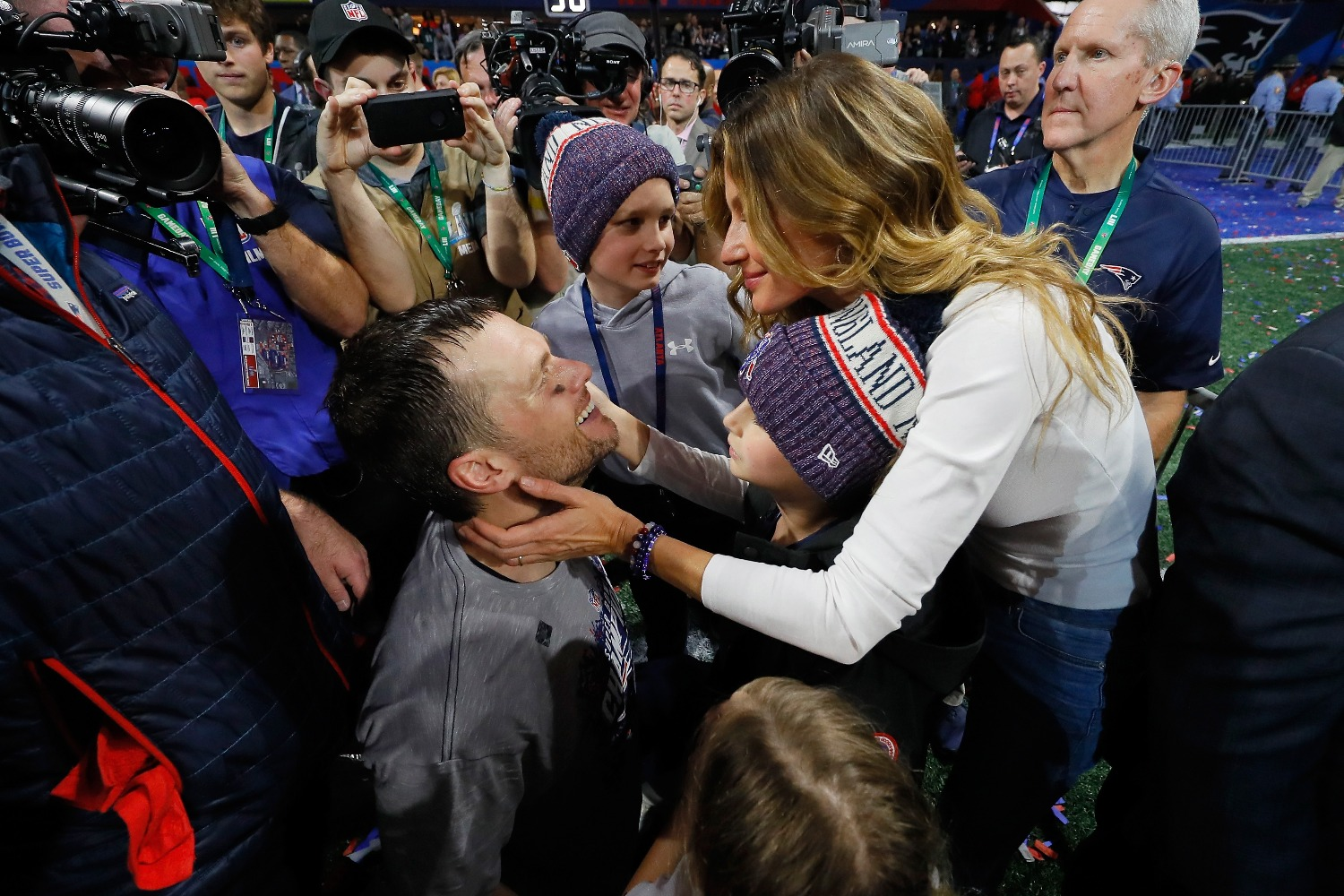 Tom Brady S Wife Played Major Role In His Patriots Departure
