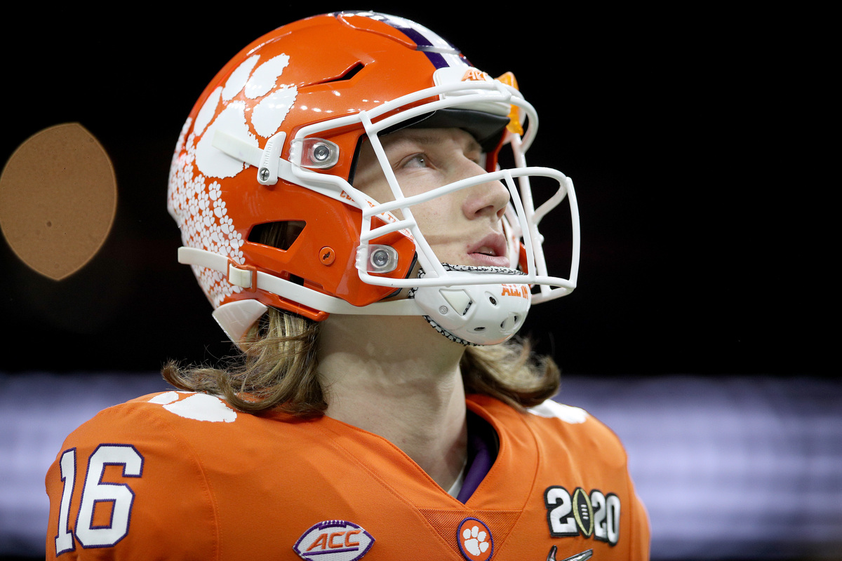 Clemson quarterback Trevor Lawrence needs to make a draft-related power play to avoid landing with a terrible franchise.