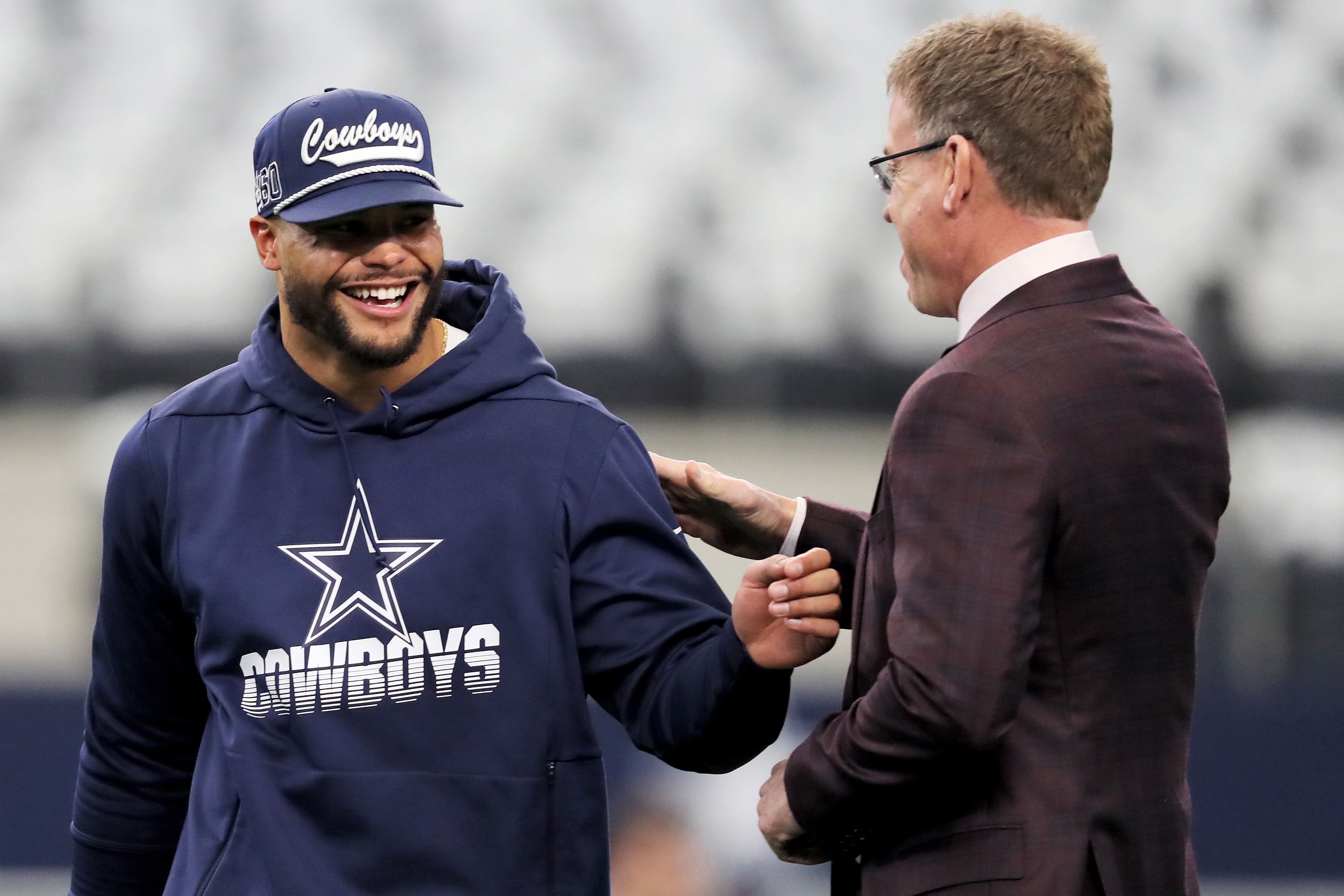 Troy Aikman weighs in on Dak Prescott's contract situation.