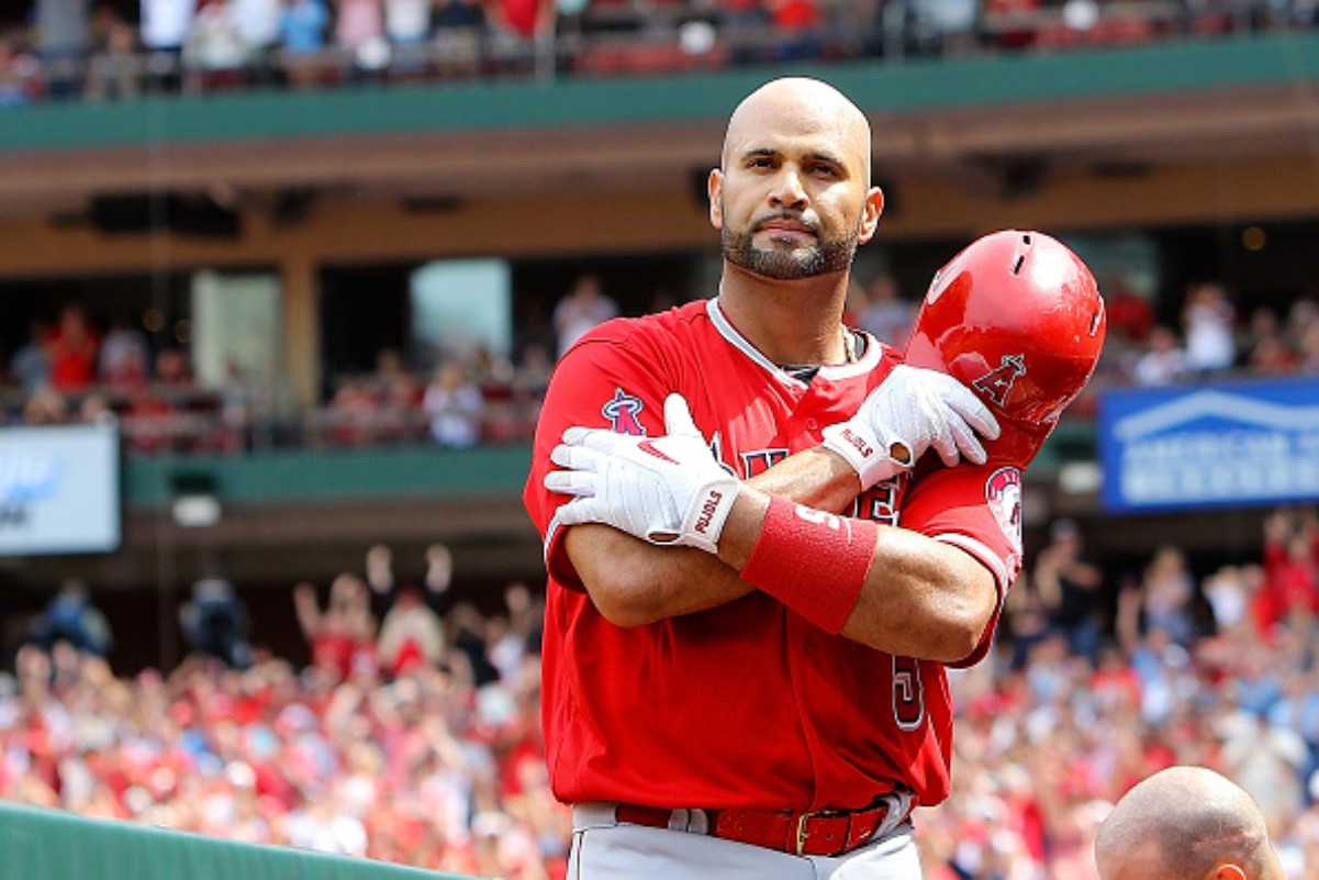 Albert Pujols paid his respect to MLB legend Lou Brock