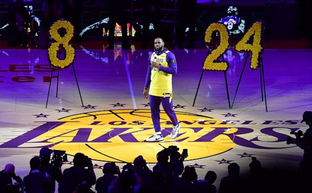 LeBron James can win his fourth NBA title this year and his first with the Lakers
